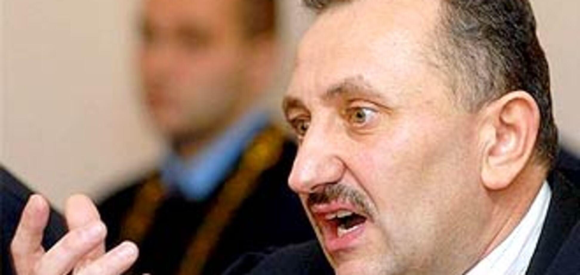 Суддя Зварич виписував собі премії по 40 тисяч