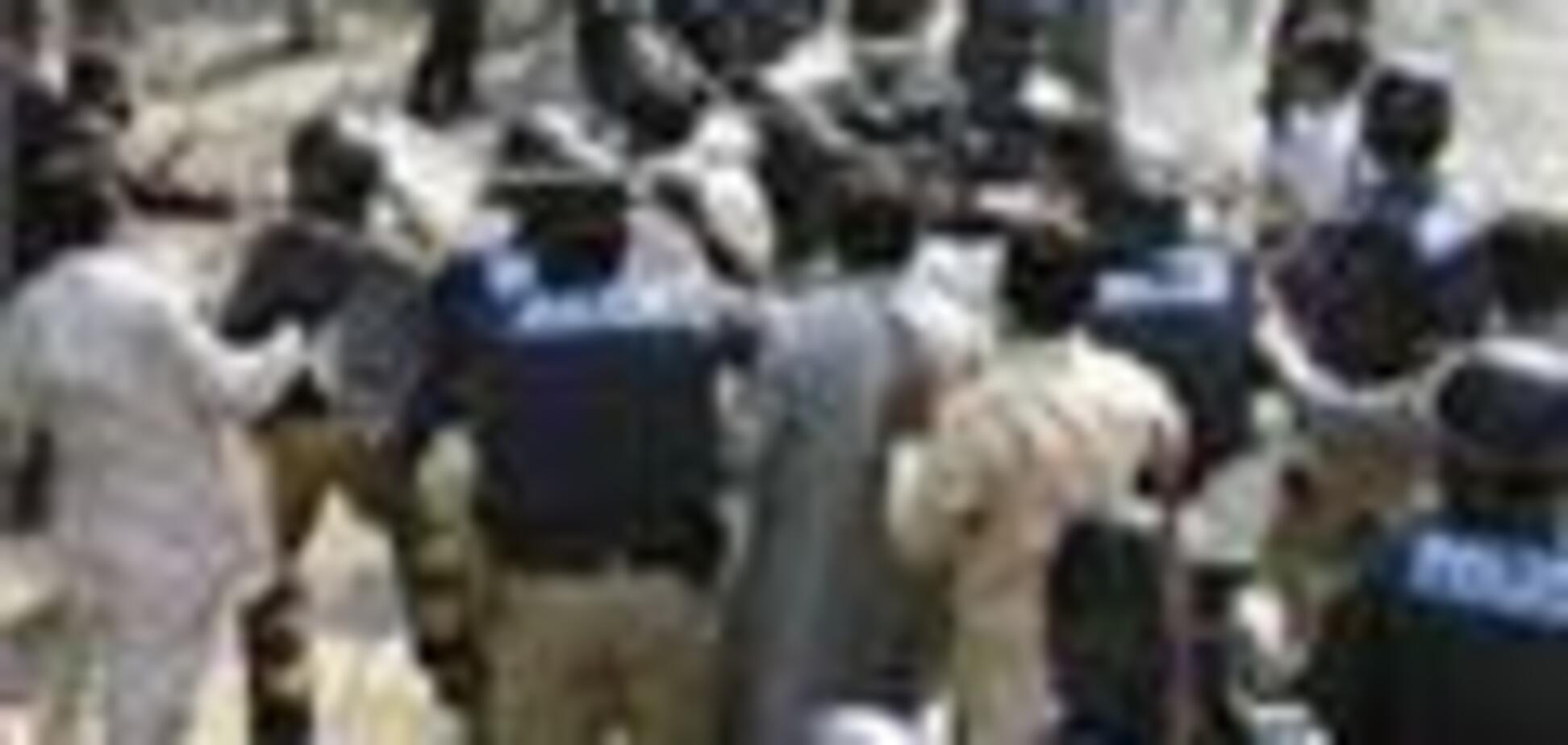 У Пакистані терорист-смертник убив 20 людей