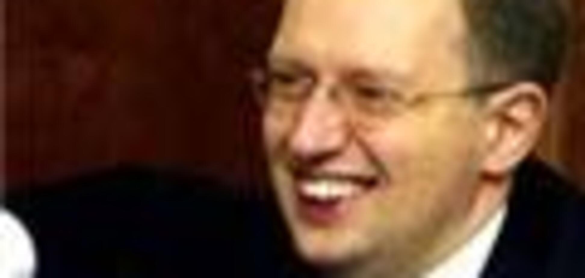 Яценюк не визнав би УПА воюючою стороною