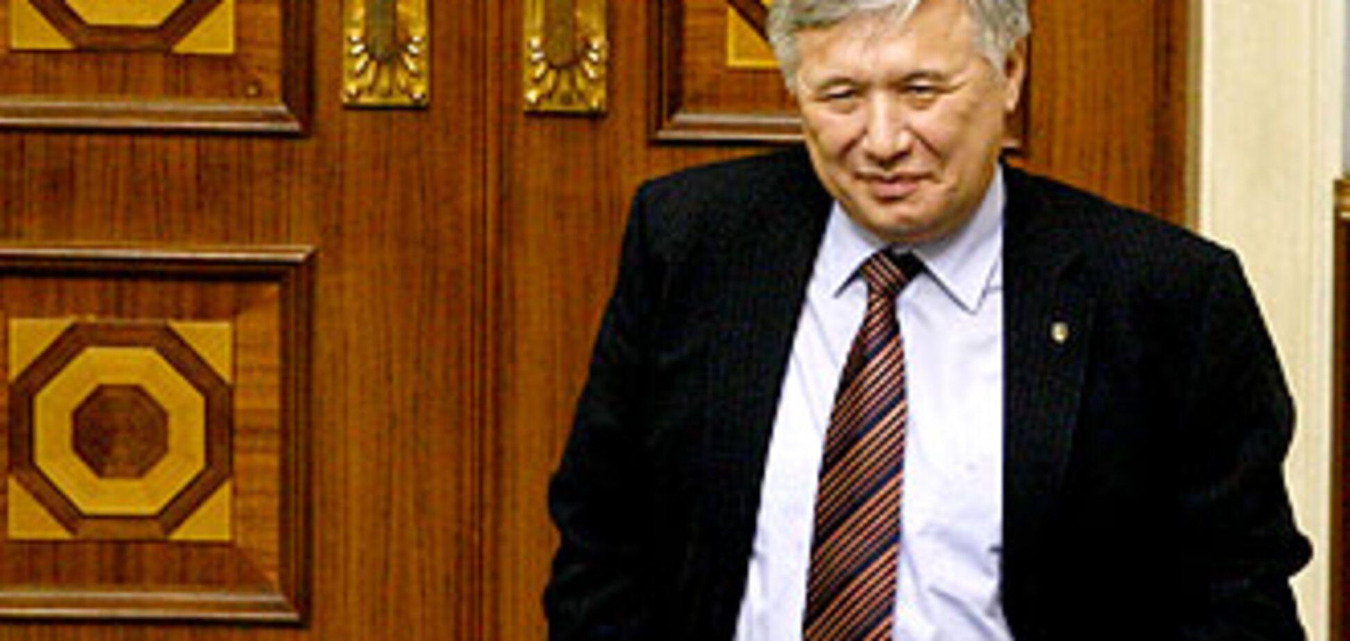 Еханурова могут уволить сегодня