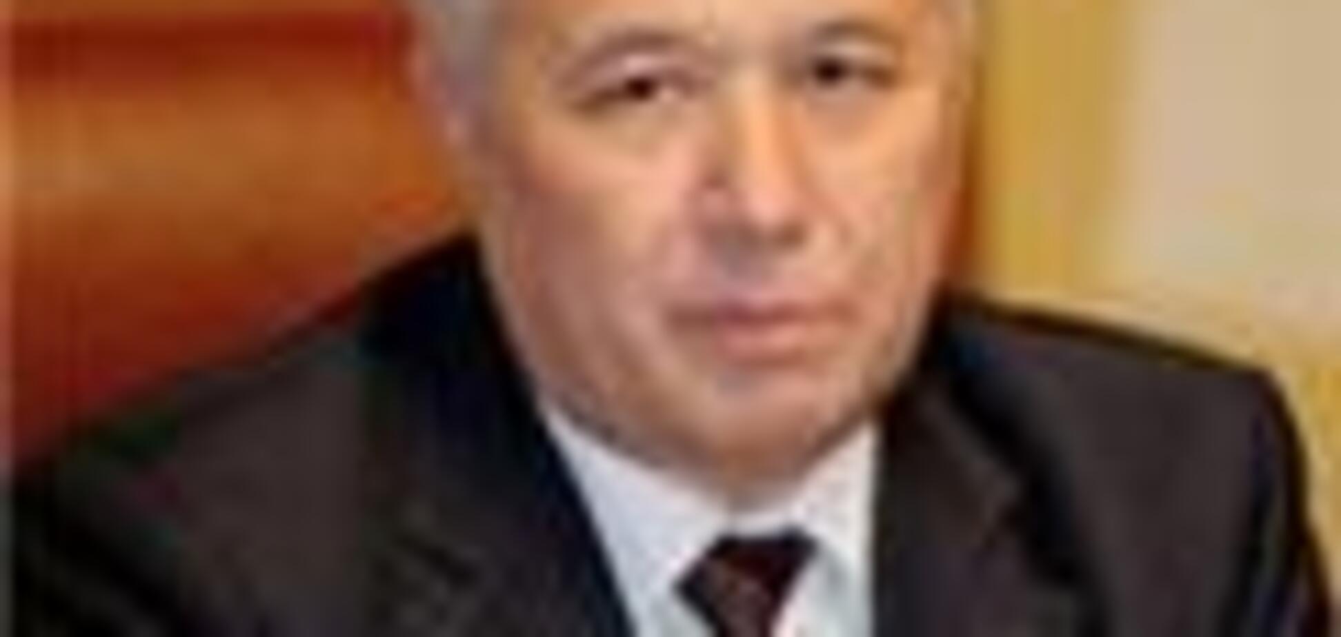 Ющенко не даст Еханурова на растерзание Рады