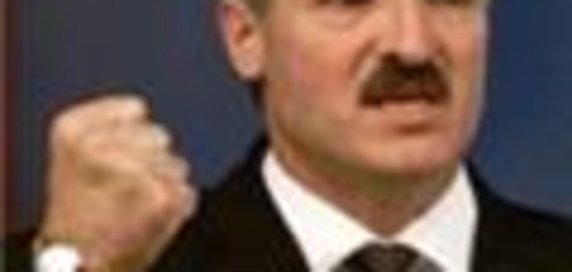 Лукашенко-правительству: перестаньте кланяться  России