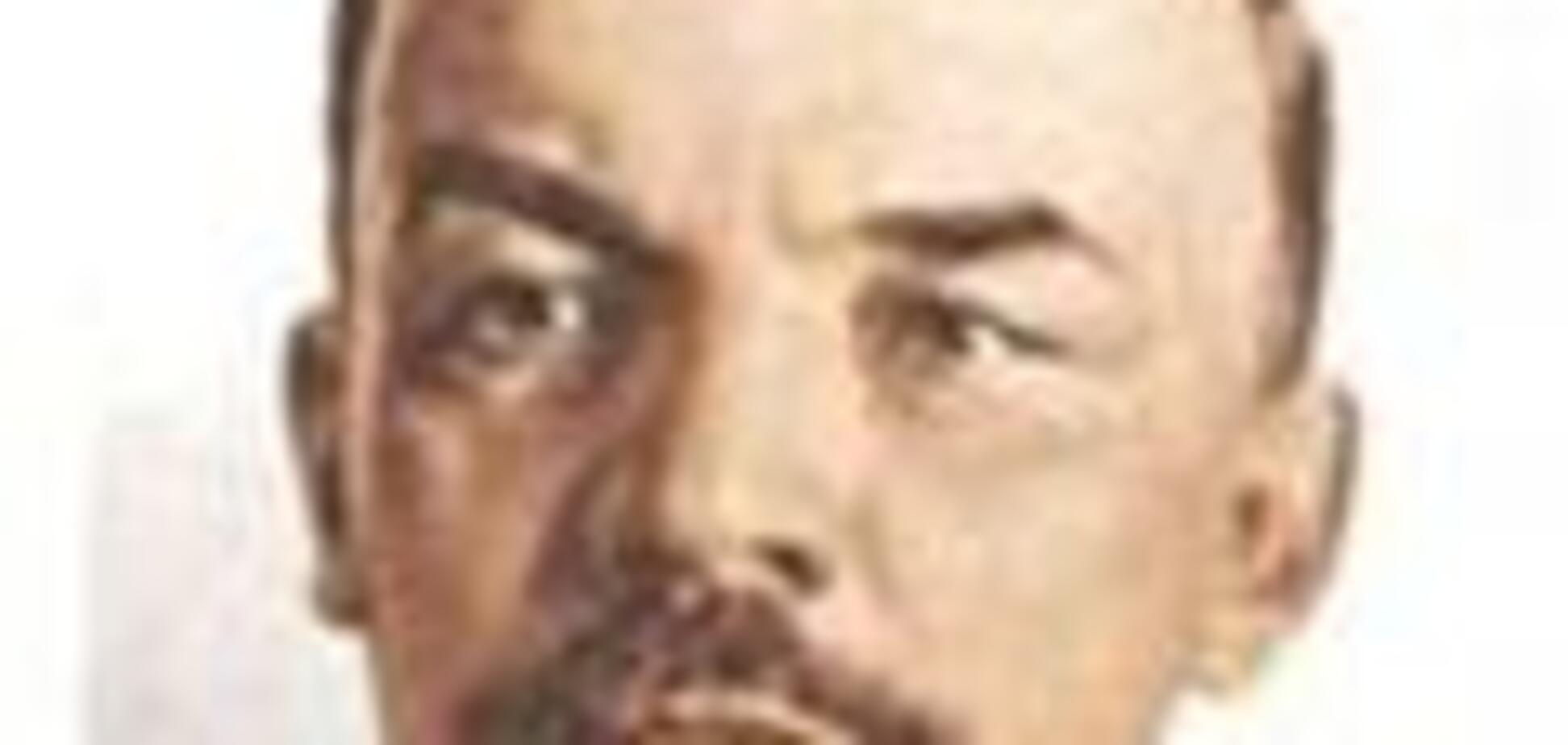 Комуністи відновили Леніна в Каневі