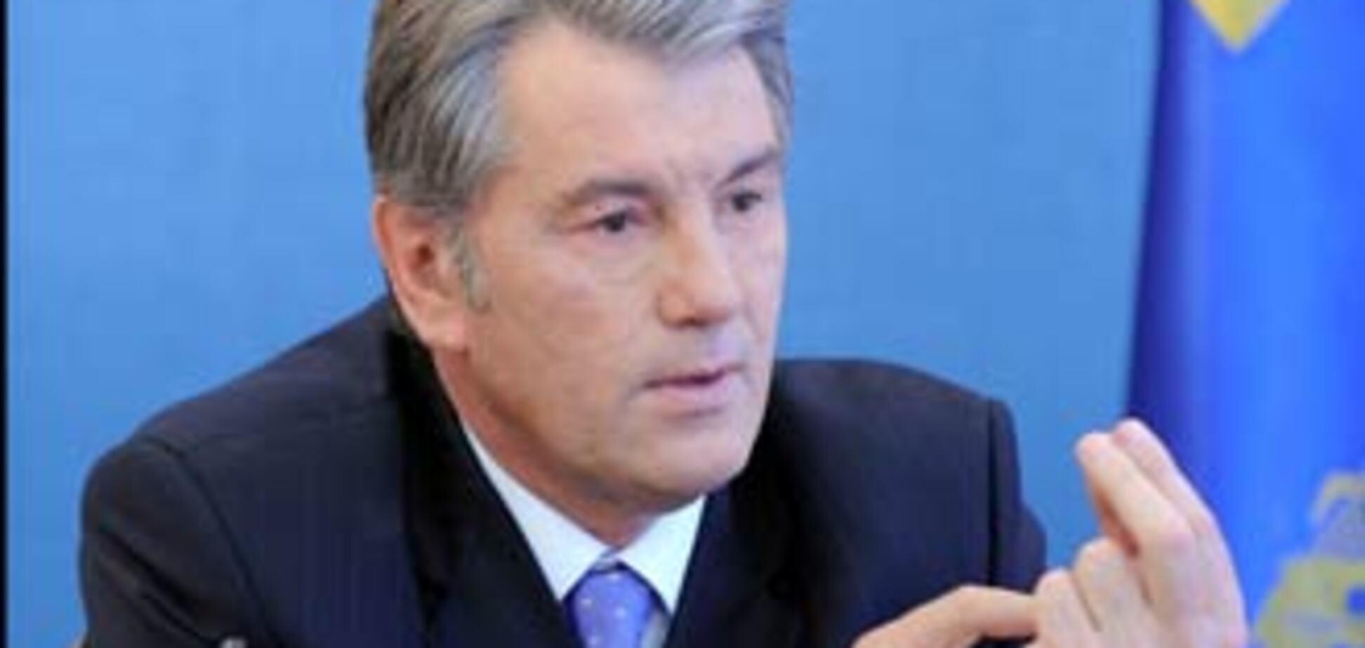 Ющенко повідав про колишні 'подвиги' Лозінського