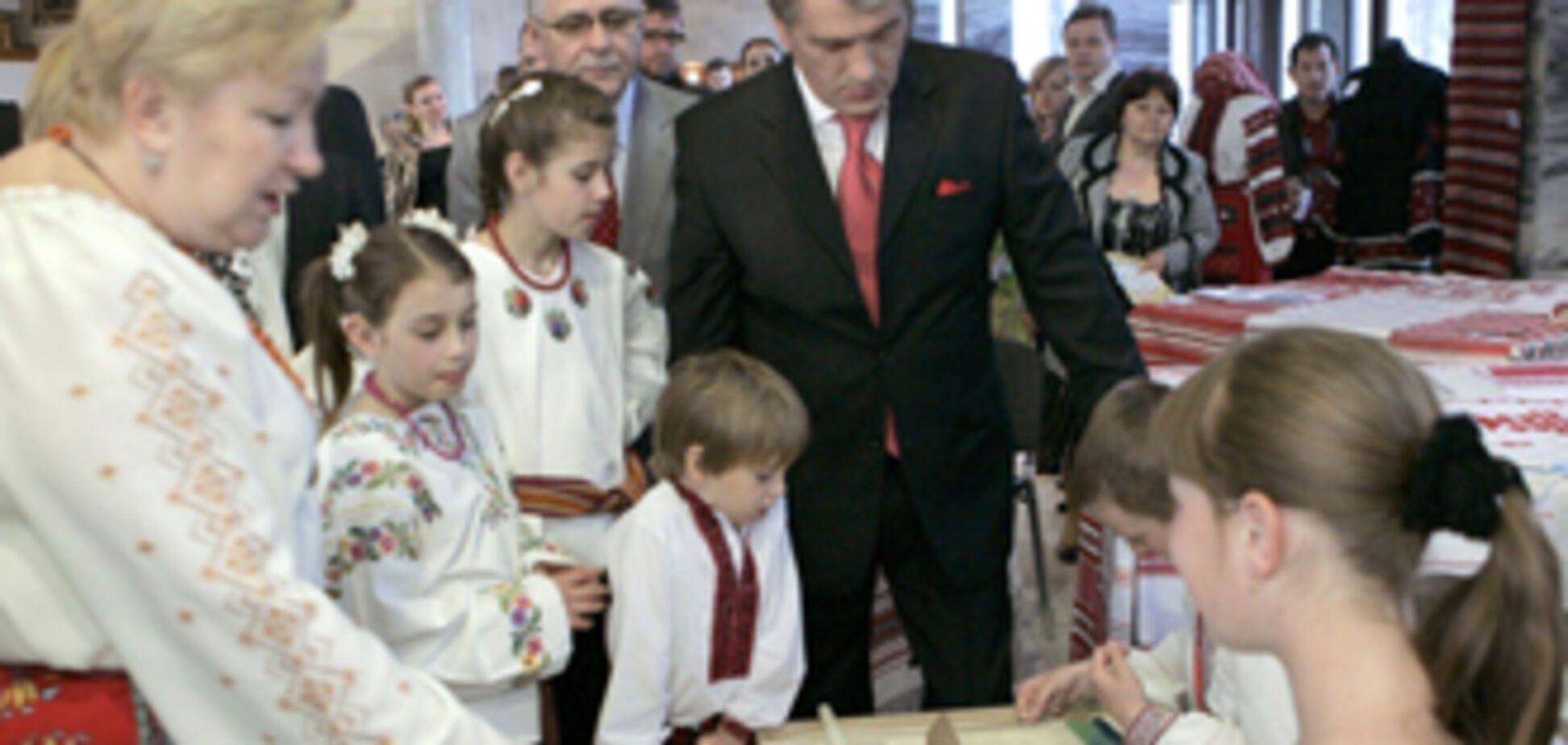 У Лужкова обурені' махровим націоналістом' Ющенко