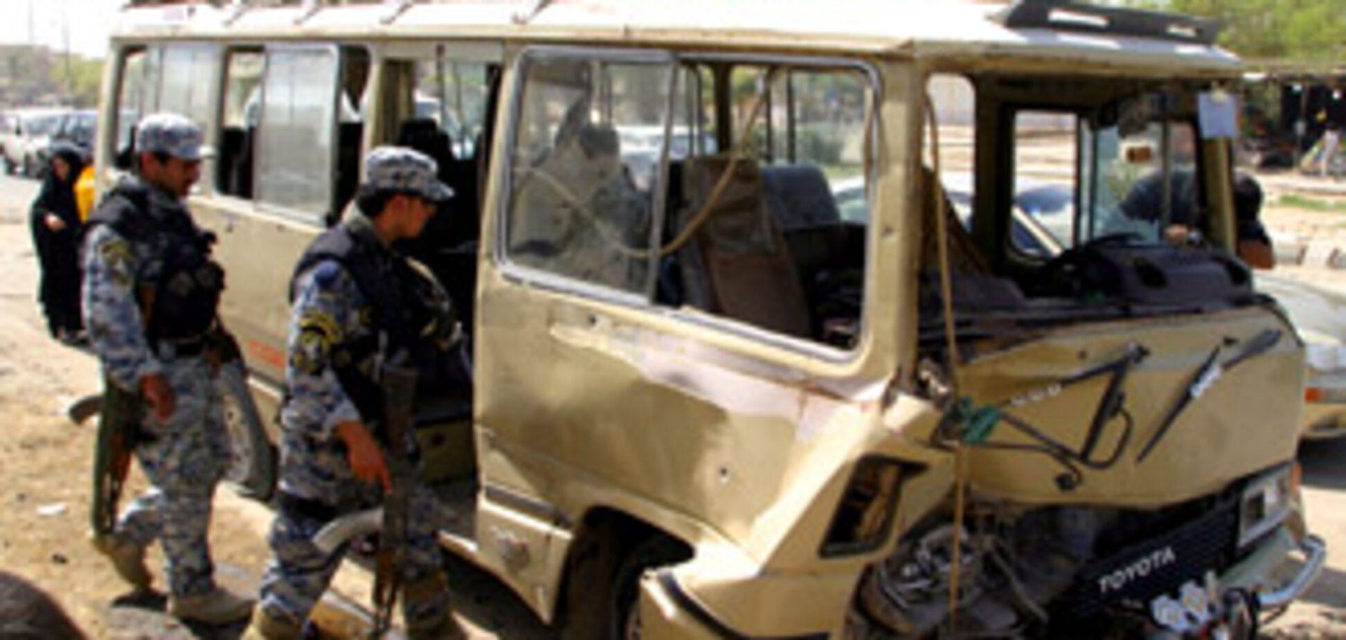 Около 50 человек погибли от серии терактов