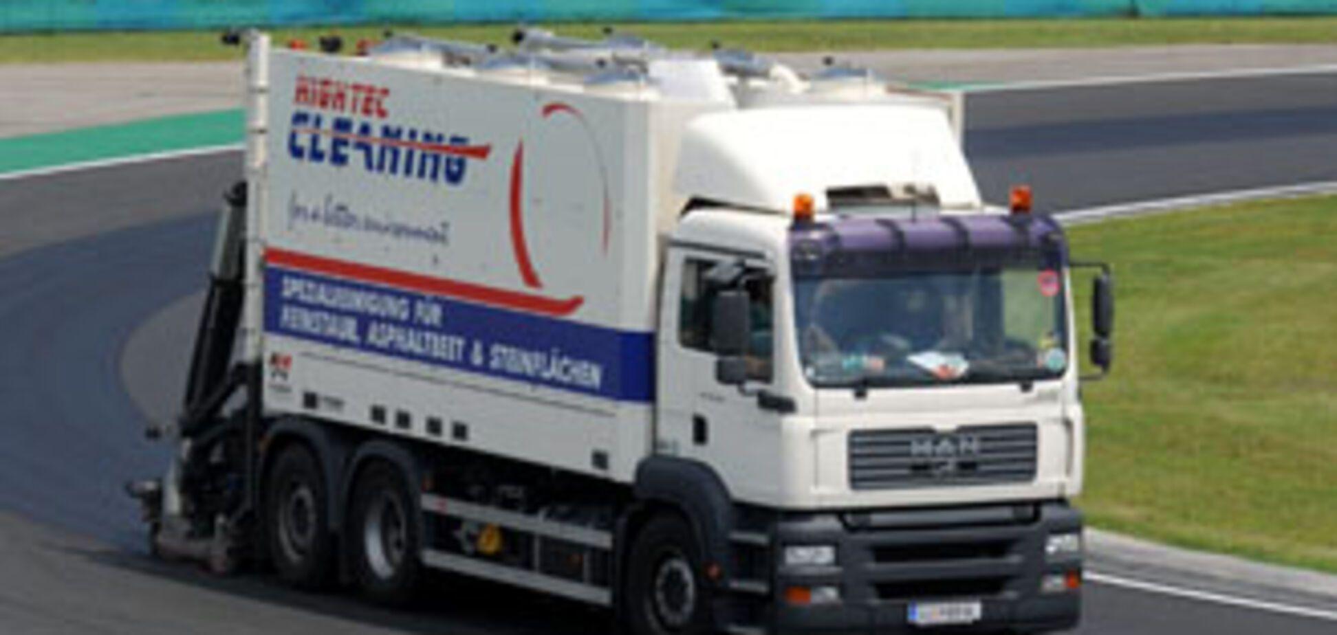 В Хмельницком грузовик переехал двоих детей