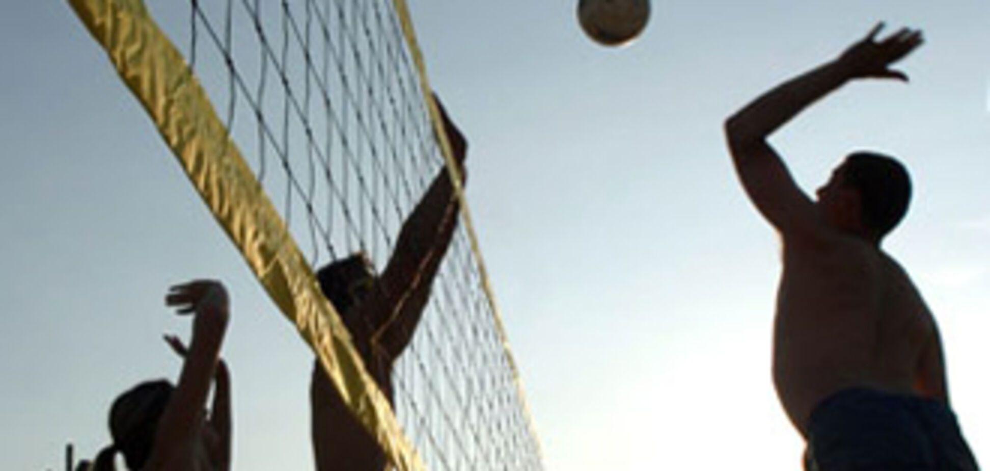 В Крыму погибла москвичка на волейбольной площадке