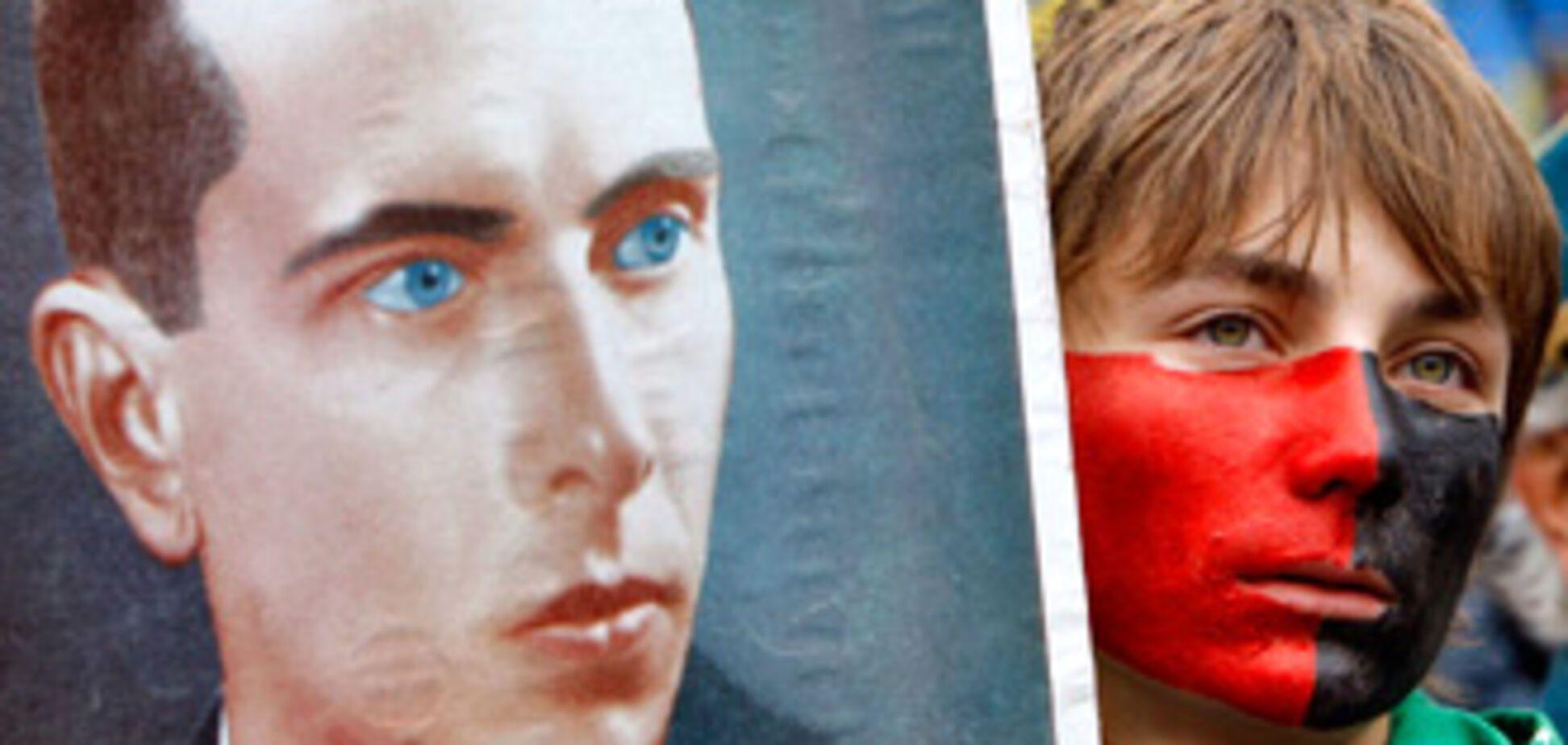 Тимошенко предложила создать пантеон героев имени Бандеры