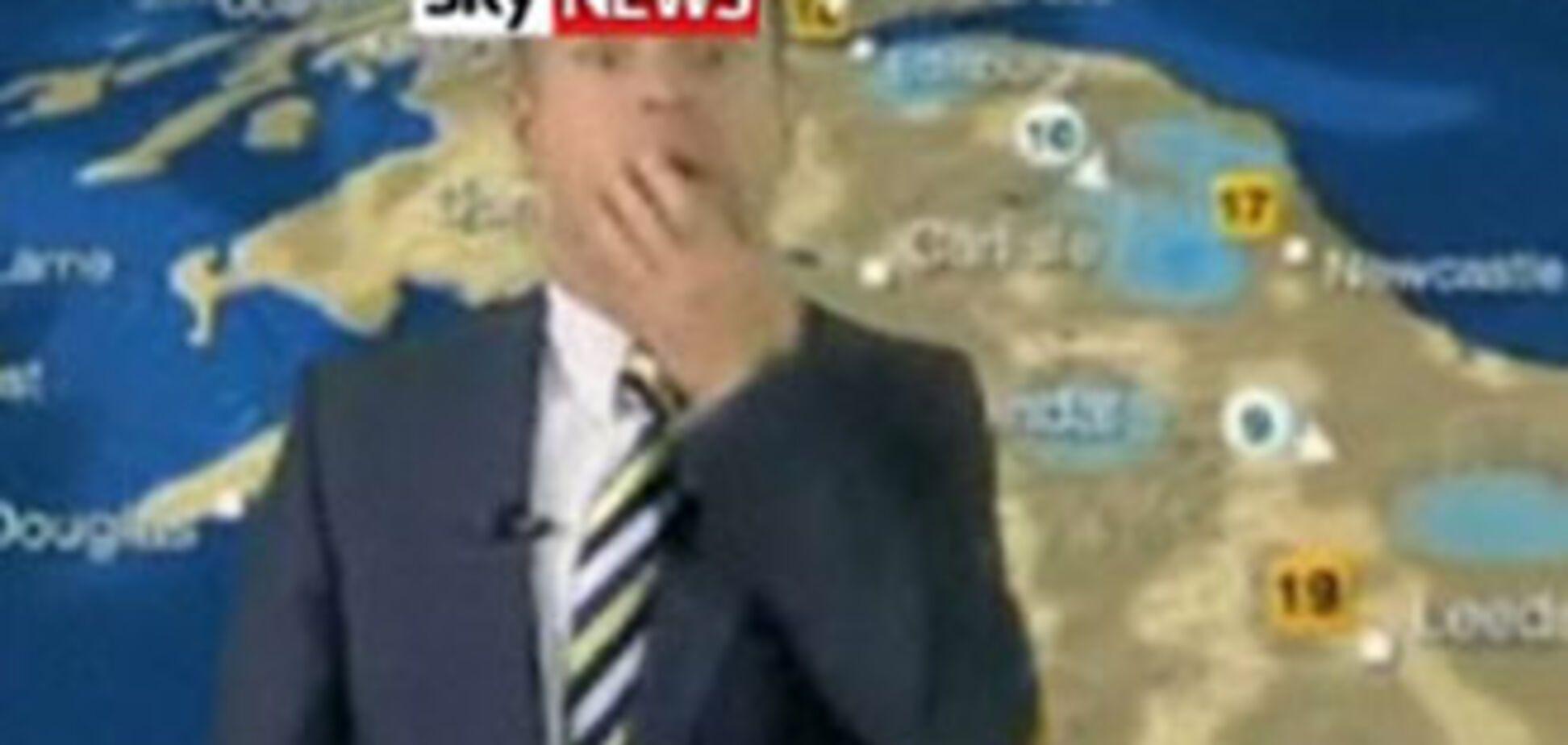 Телеведучого звільнили через непристойний жест у прямому ефірі