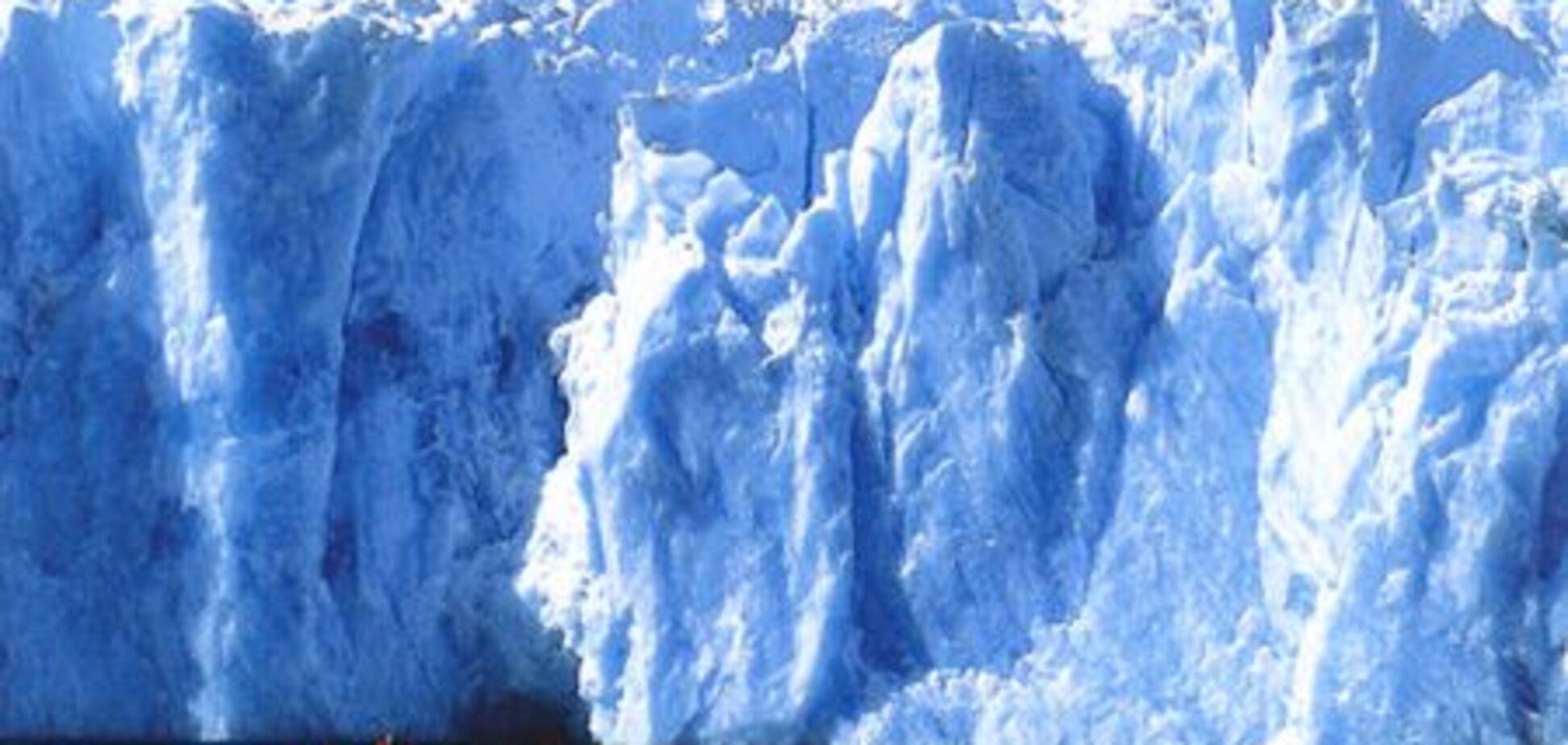 Украинские горняки везут в Антарктиду уголь и колокол