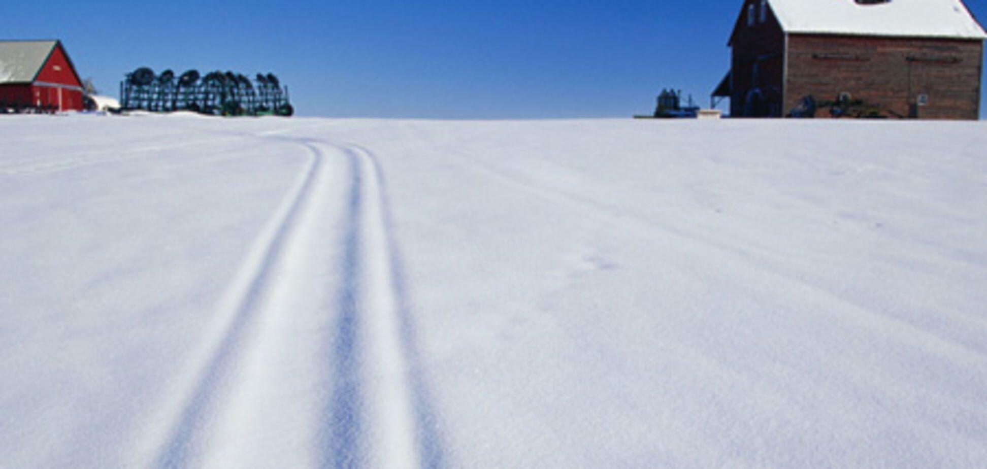 Акушерка пробежала на лыжах 6 км на помощь роженице
