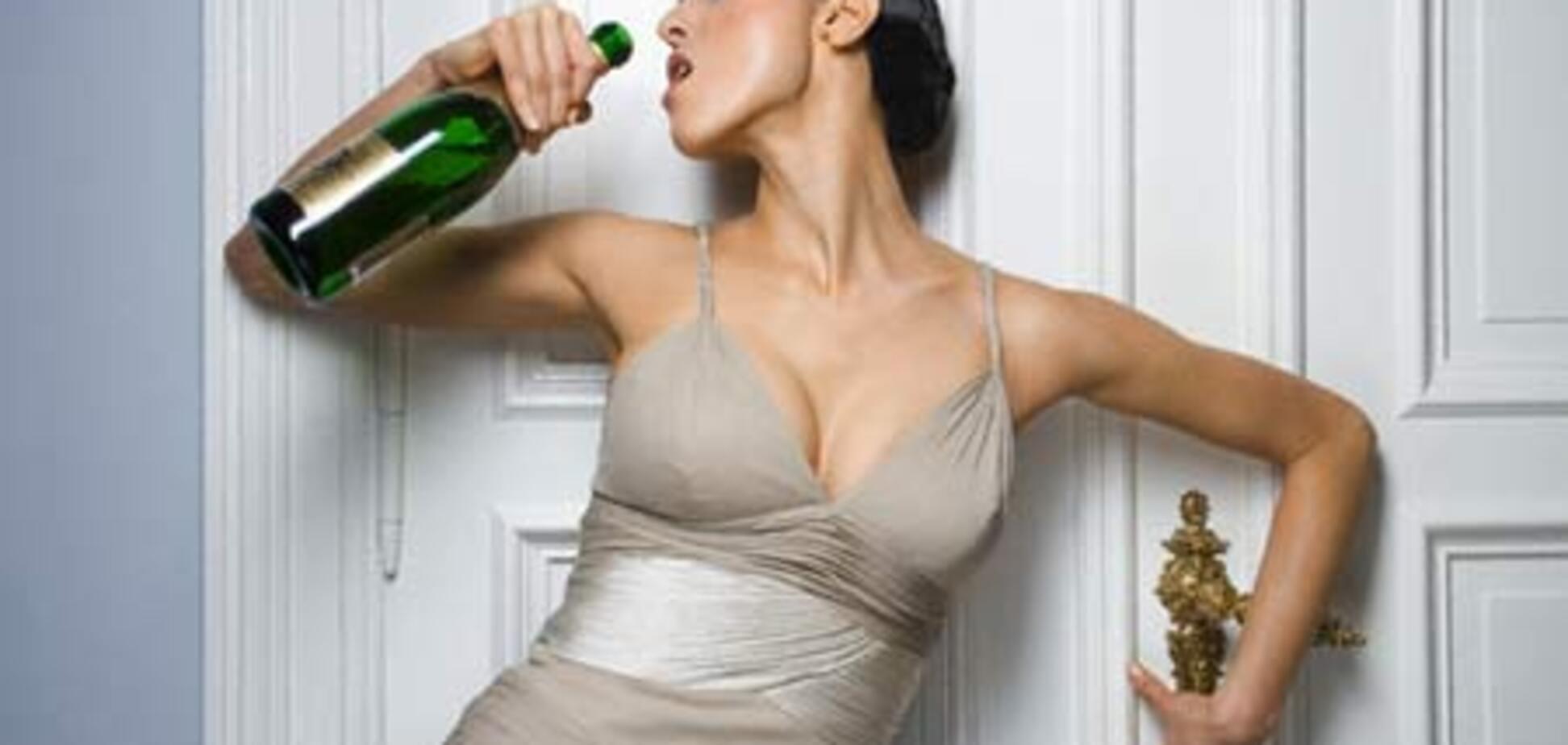 Ученые: Успешные женщины пьют в 2 раза больше
