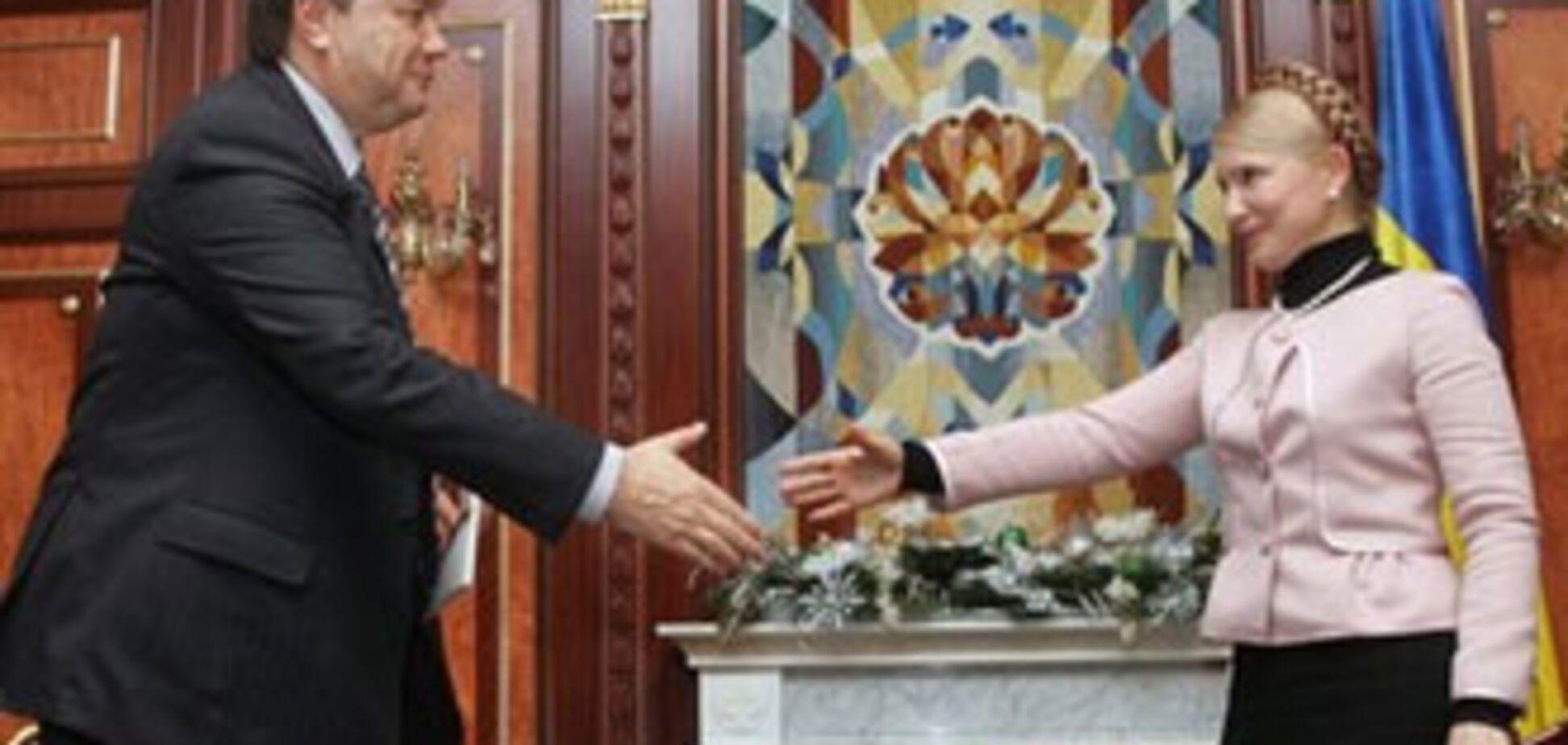 Перший exit-polls: Янукович випереджає Тимошенко на 14%