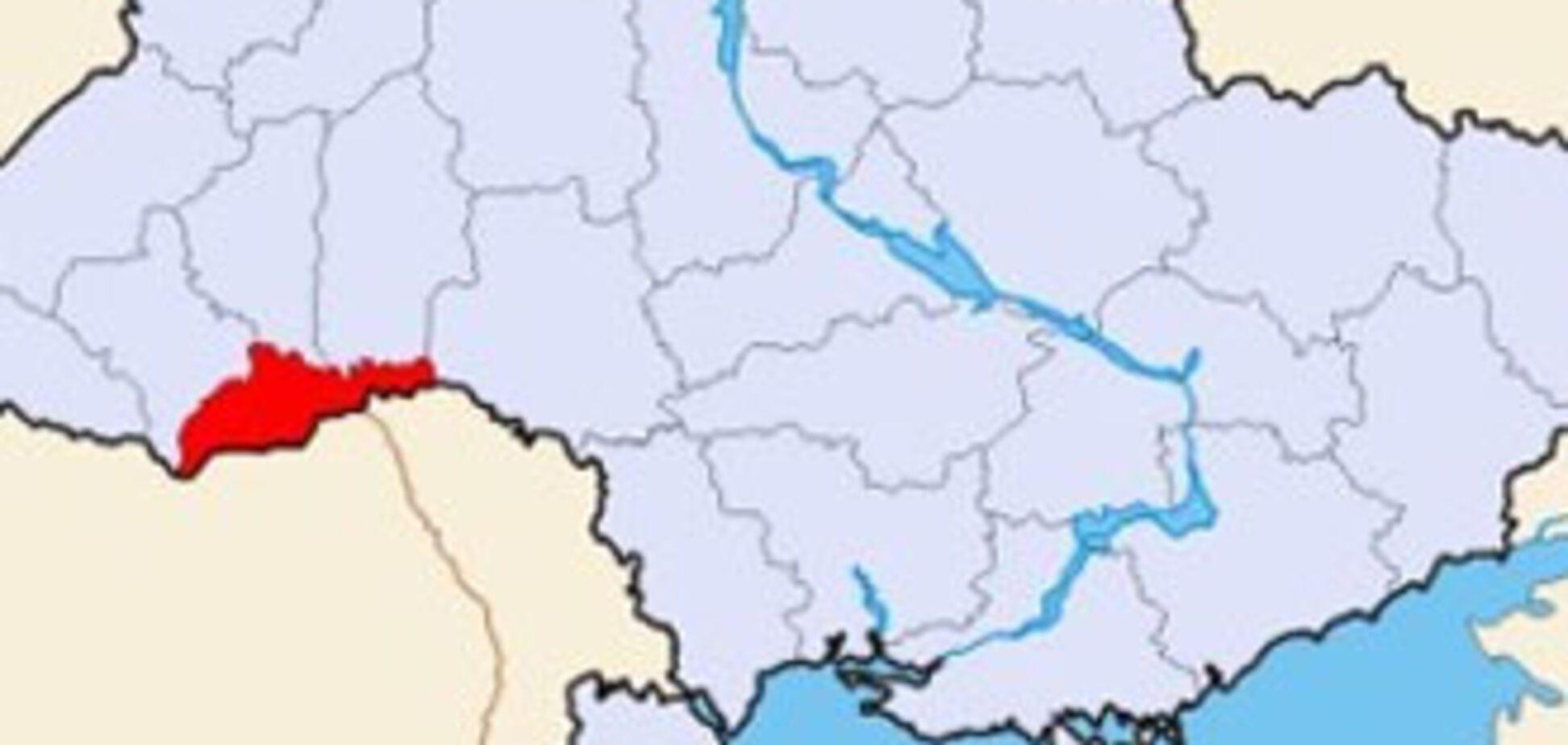 Житель Чернівецької області розбився на саморобному літаку