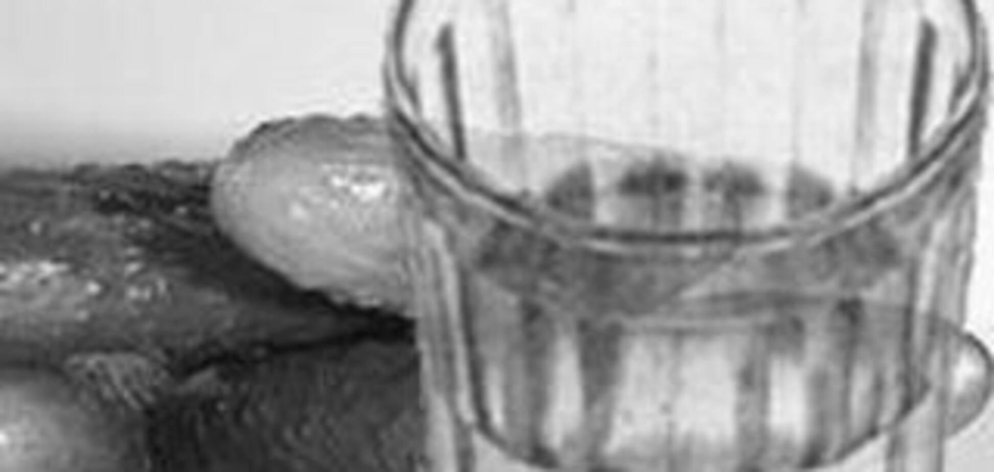 Випивши багато спиртного, син убив власну матір