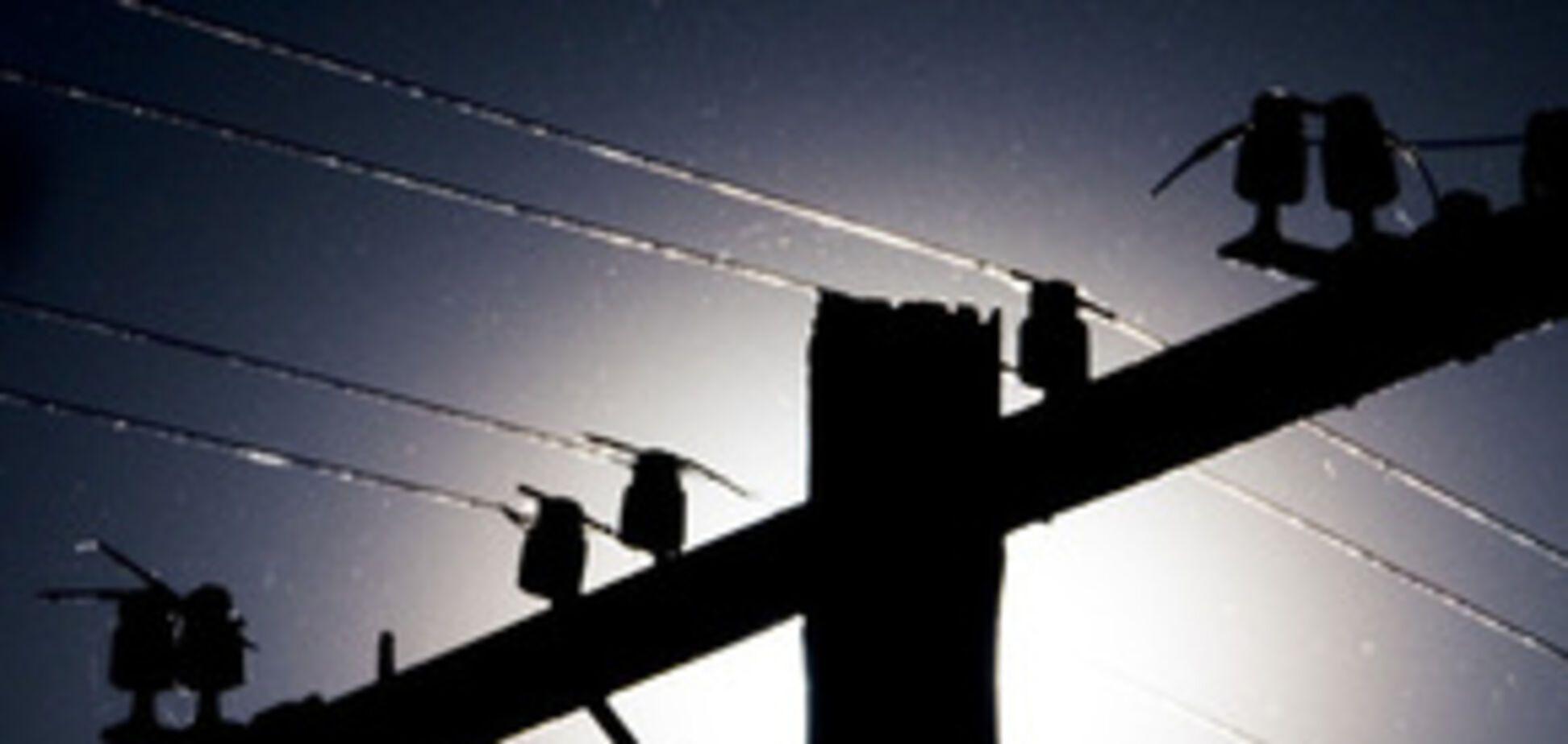 В Англії крали електроенергію м'ясним крюком