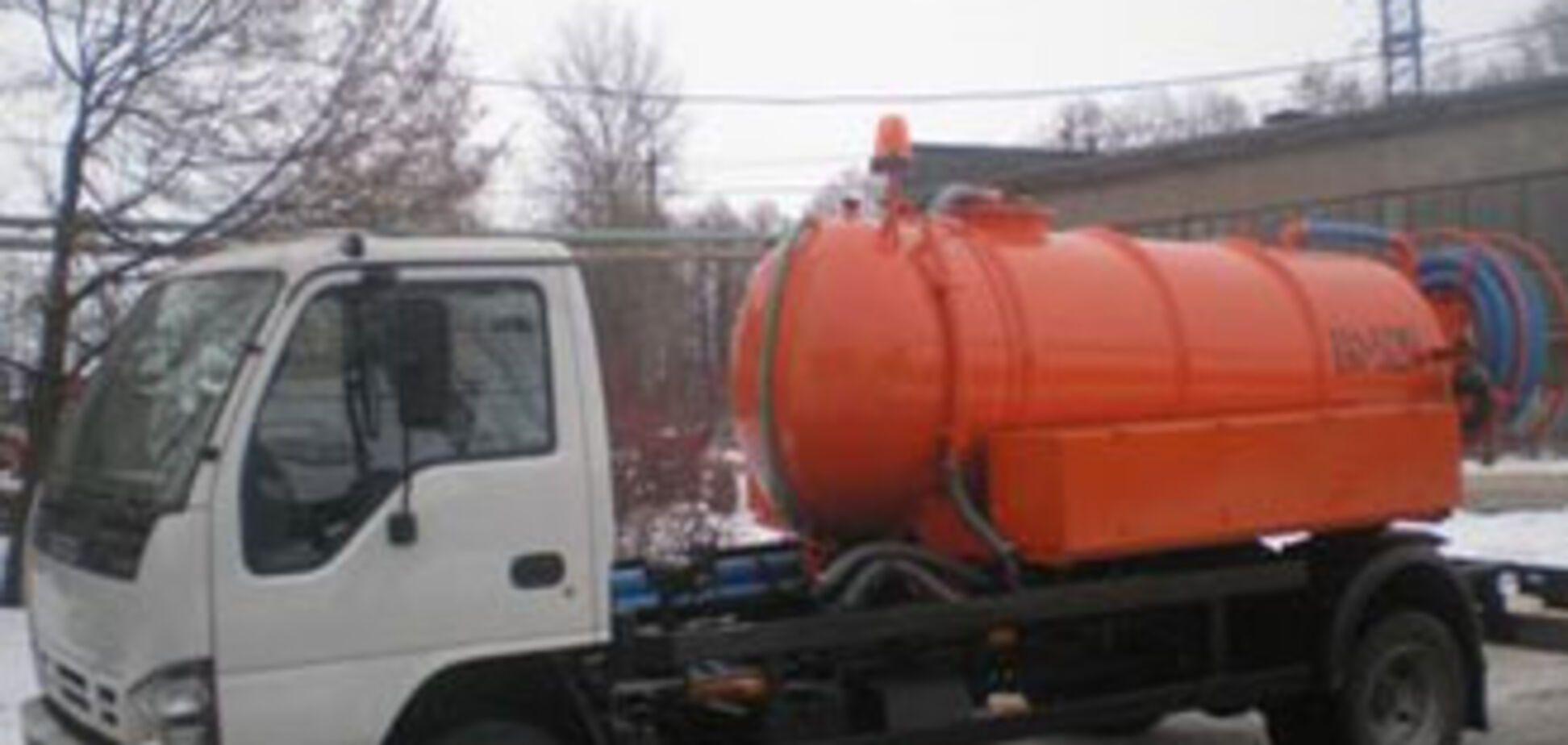 У Криму рейсовий автобус протаранив асенізаторську машину