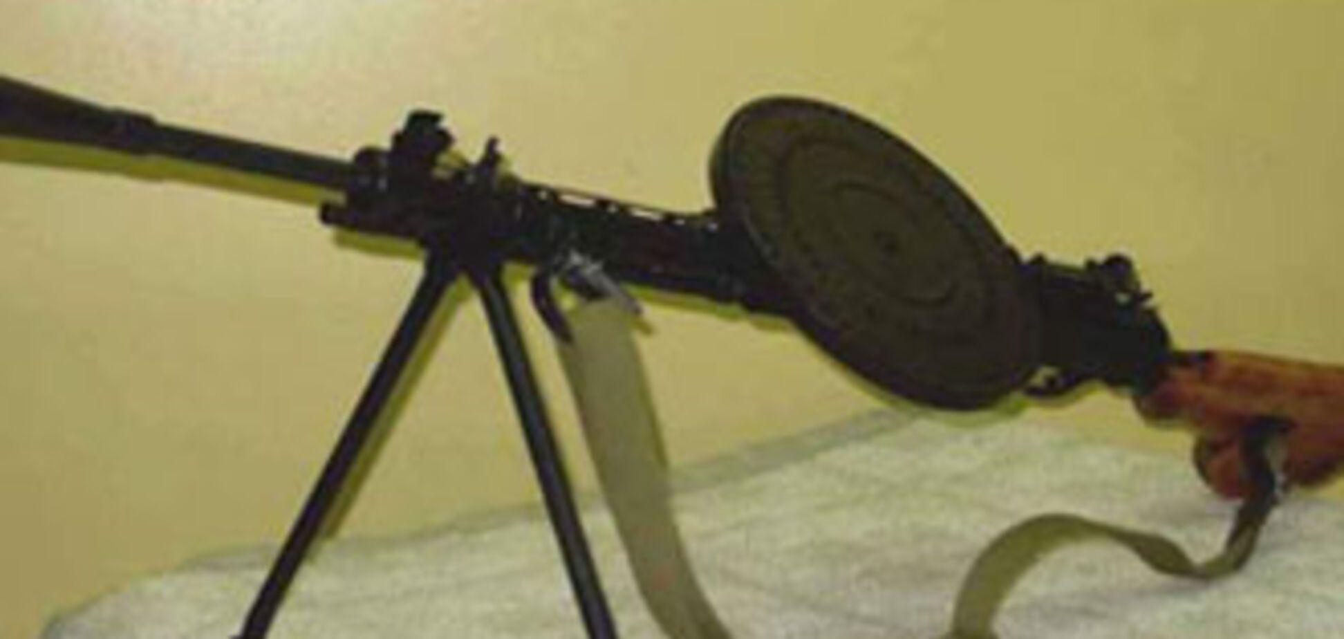 У' чорного археолога' вилучили міномет, кулемети і тротил