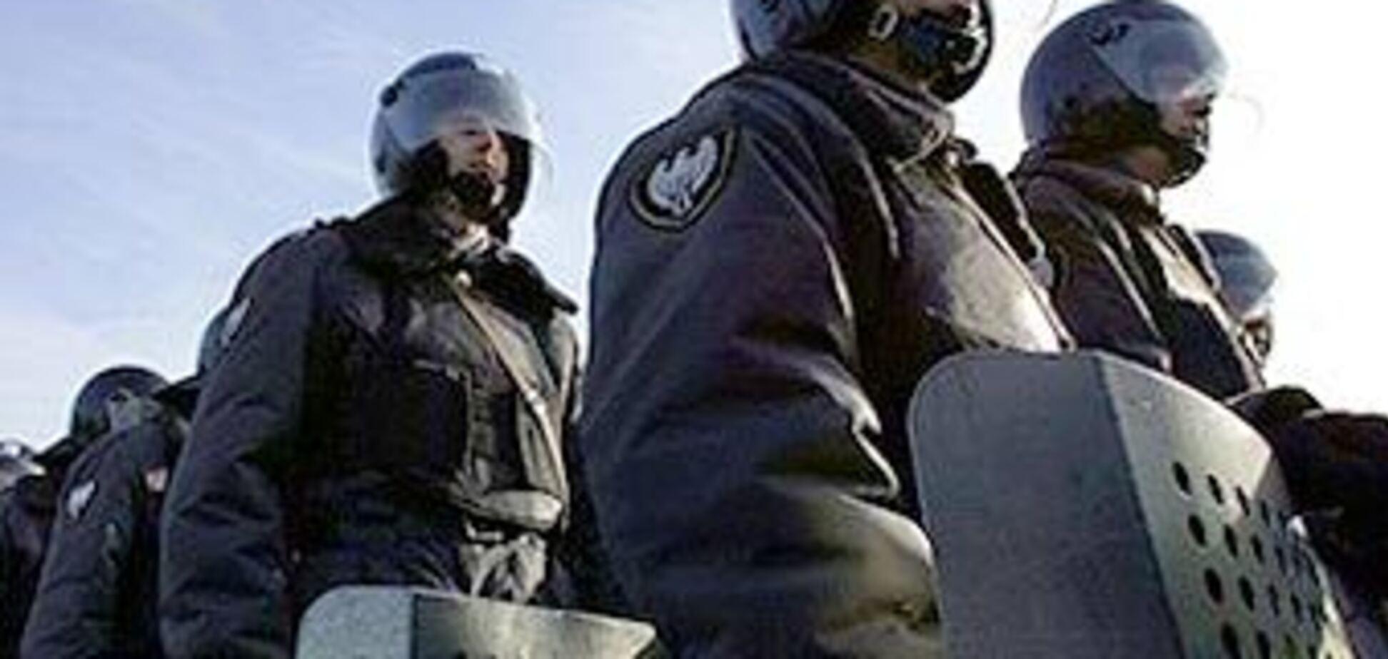 Підліток побив і загриз чотирьох безпорадних міліціонерів