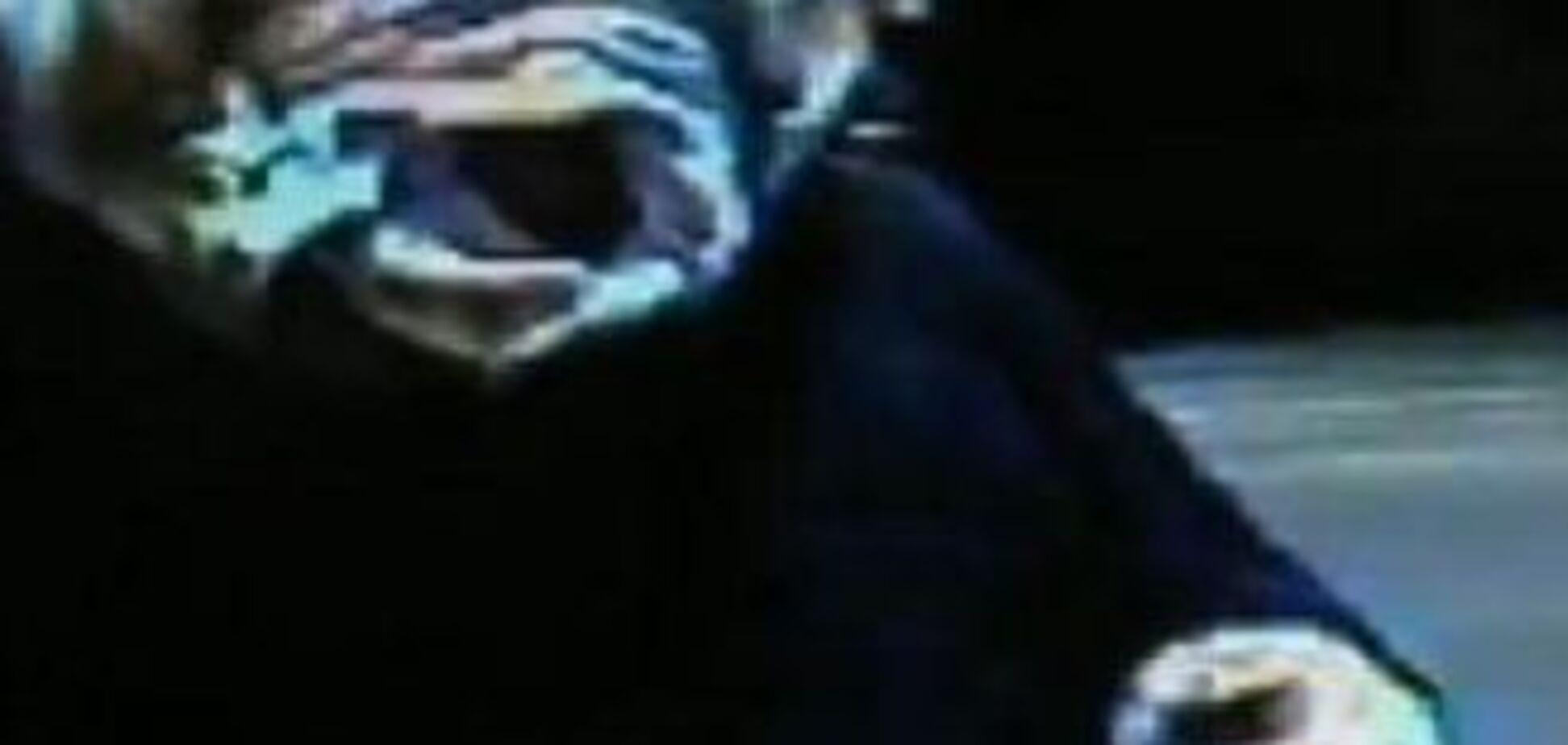 Жінка з нижнім на голові обікрала 'Макдоналдс'