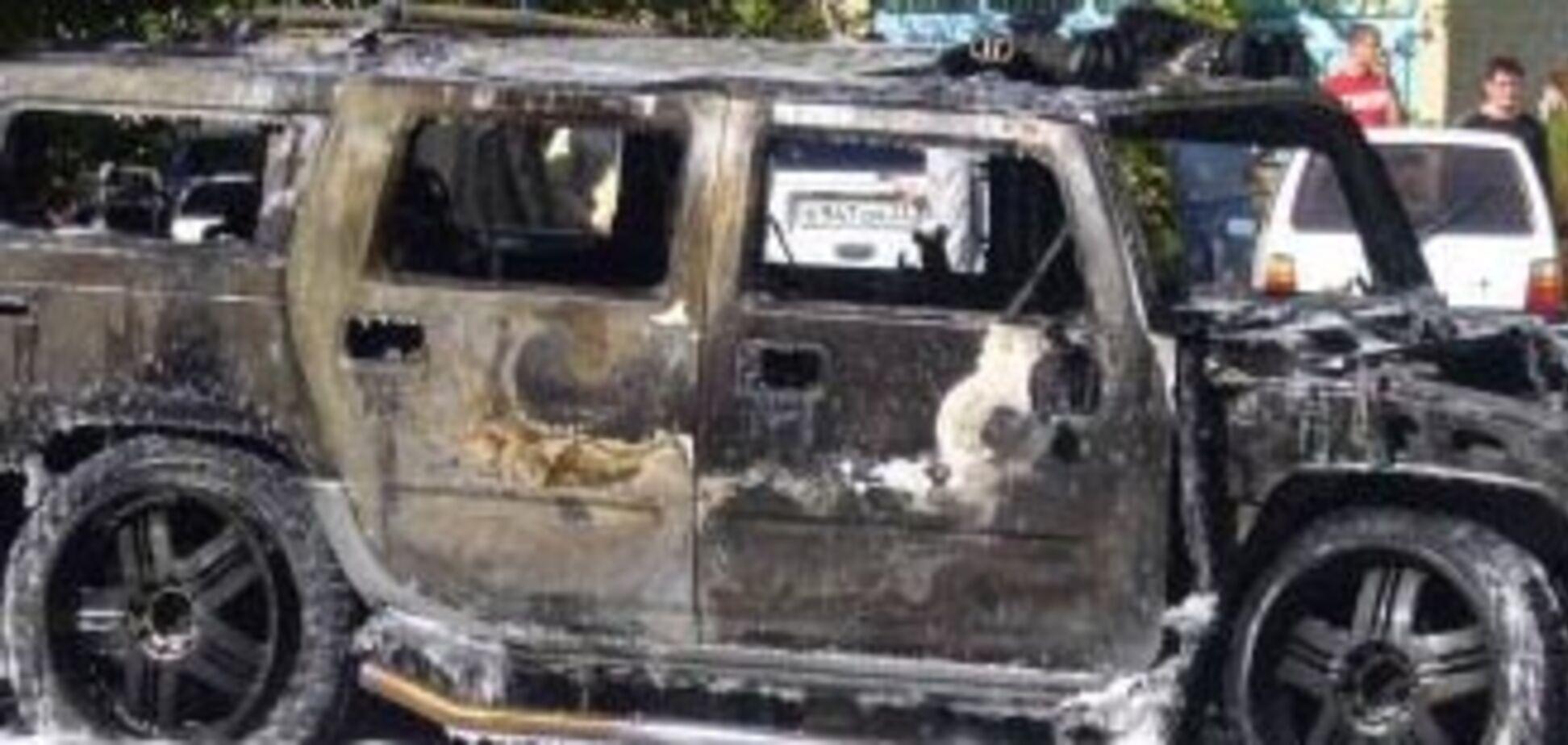 В Одесі спалили 'Хаммер' лідера анархістів України