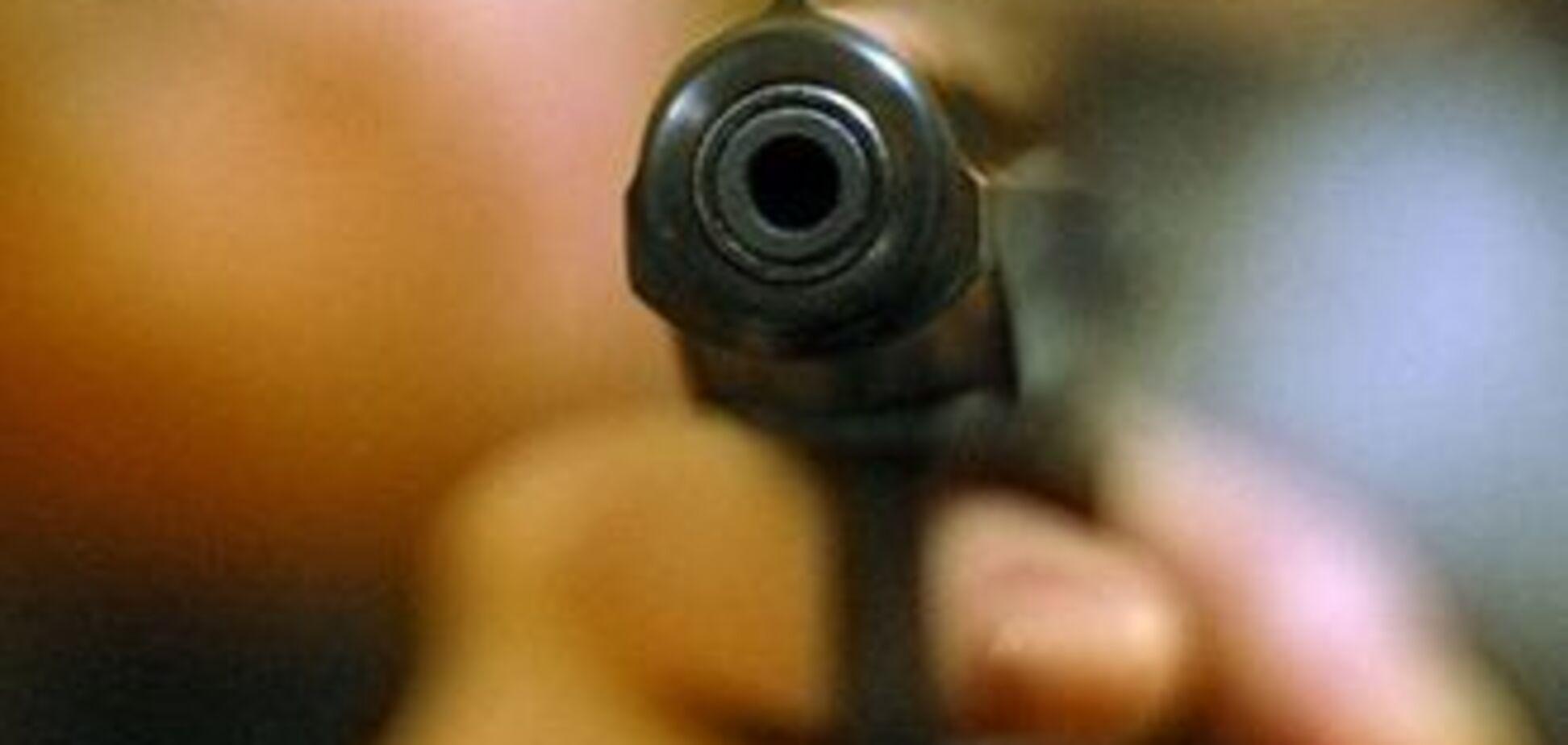 Грабіжникові не вдалося прикритися заручницею від поліції