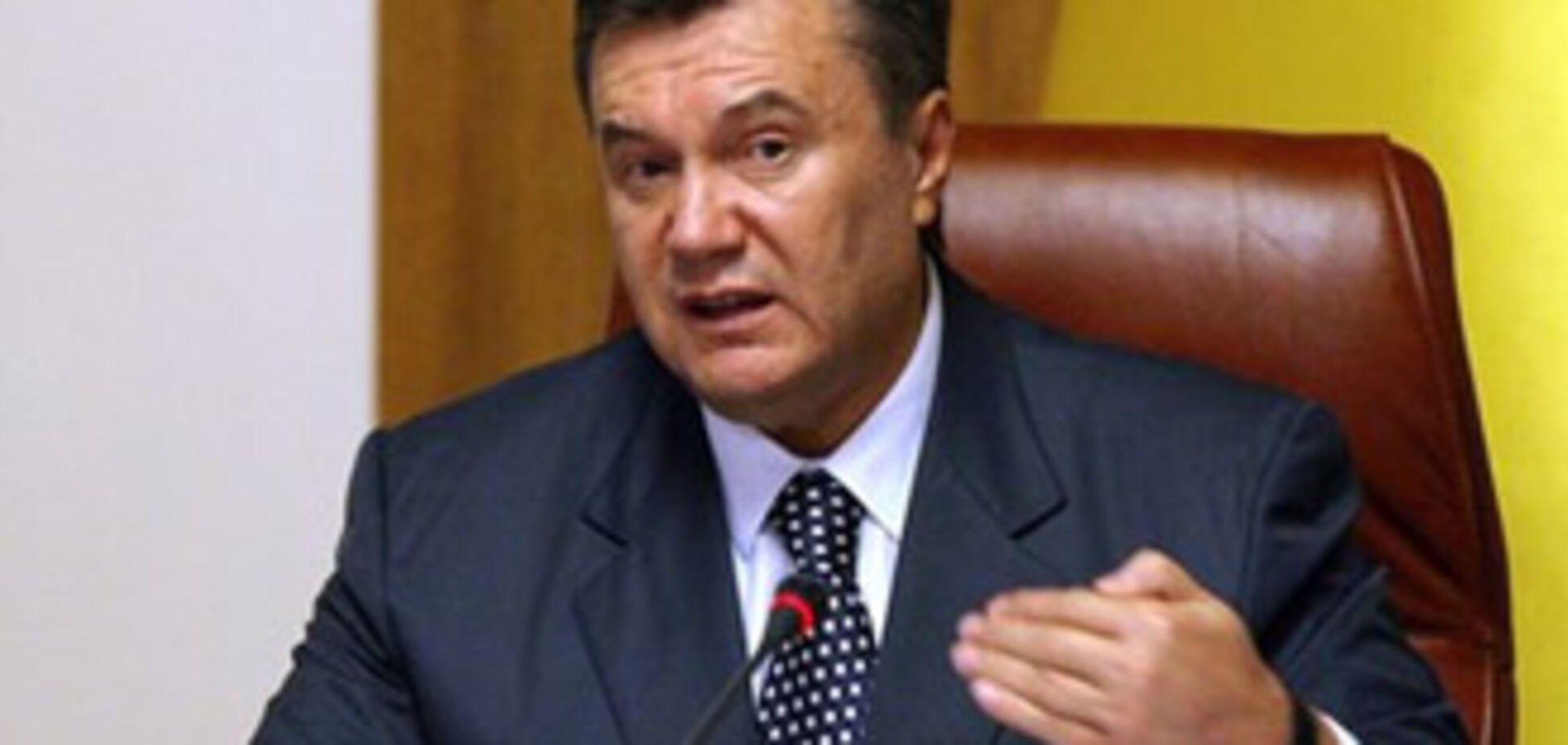 Янукович приказал разобраться с телеканалом 'Тонис'