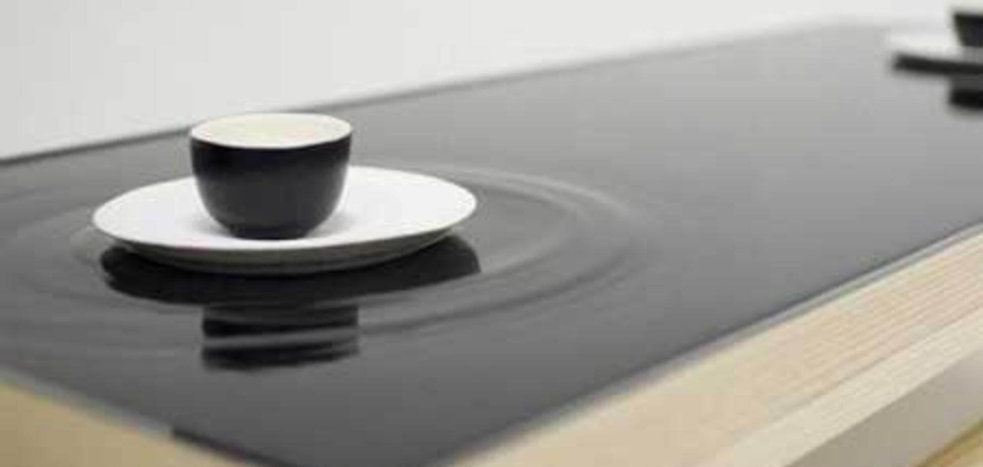 Удивительный чайный столик с эффектом водной ряби (ВИДЕО)