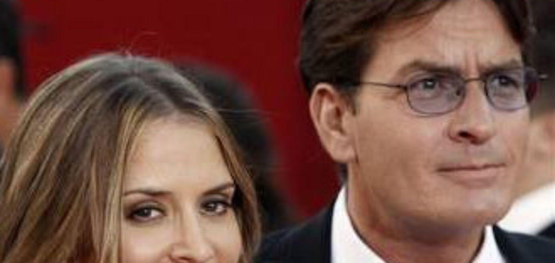 Чарлі Шин засуджений до умовного терміну за напад на дружину