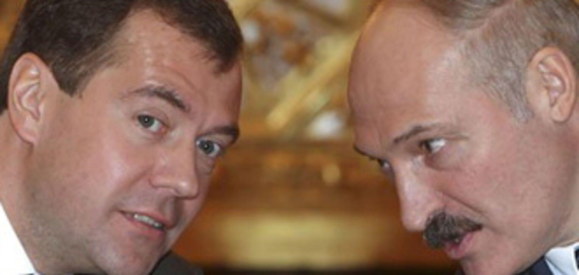 Медведєв запевняє, що Лукашенко йому збрехав