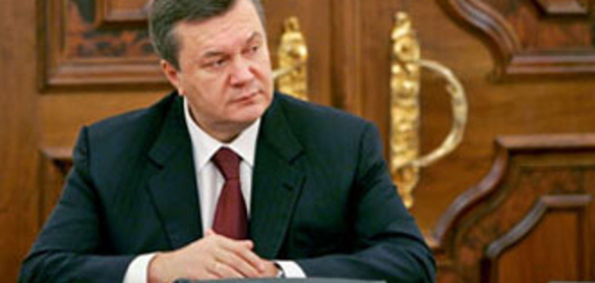 Янукович простить тих, хто добровільно поверне кримську землю