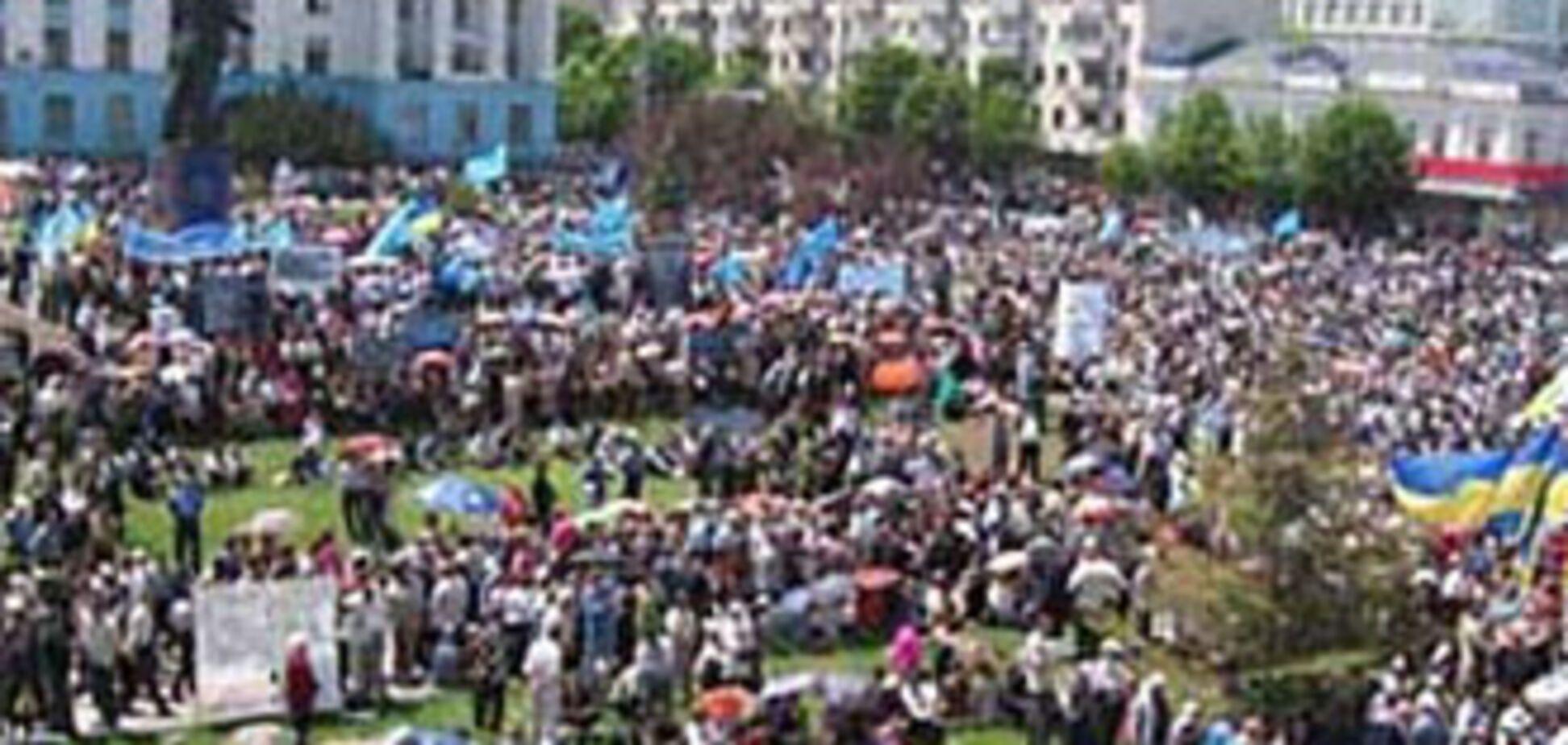 Янукович хоче захистити права депортованих народів