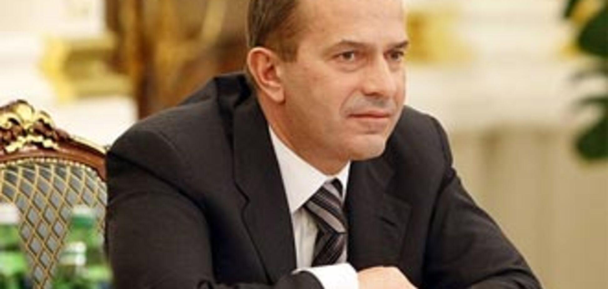 Клюєв: Україна зобов'язана підняти економіку Криму