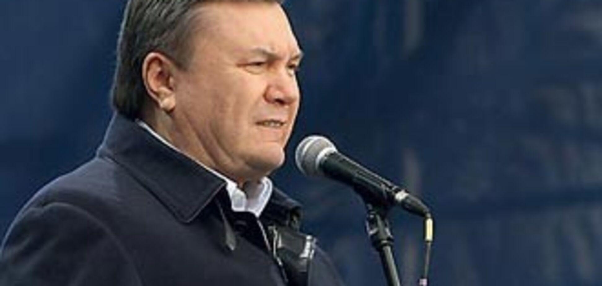 Янукович звільнив Тимошенко ще з двох посад
