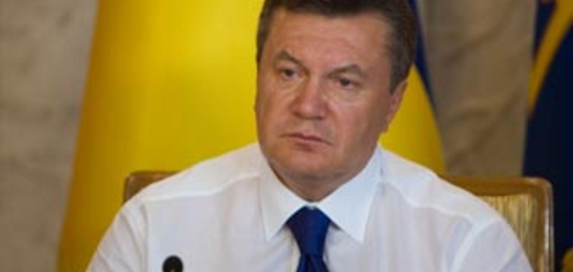 Янукович відповів блогерам: Я радий, що є сміливі хлопці