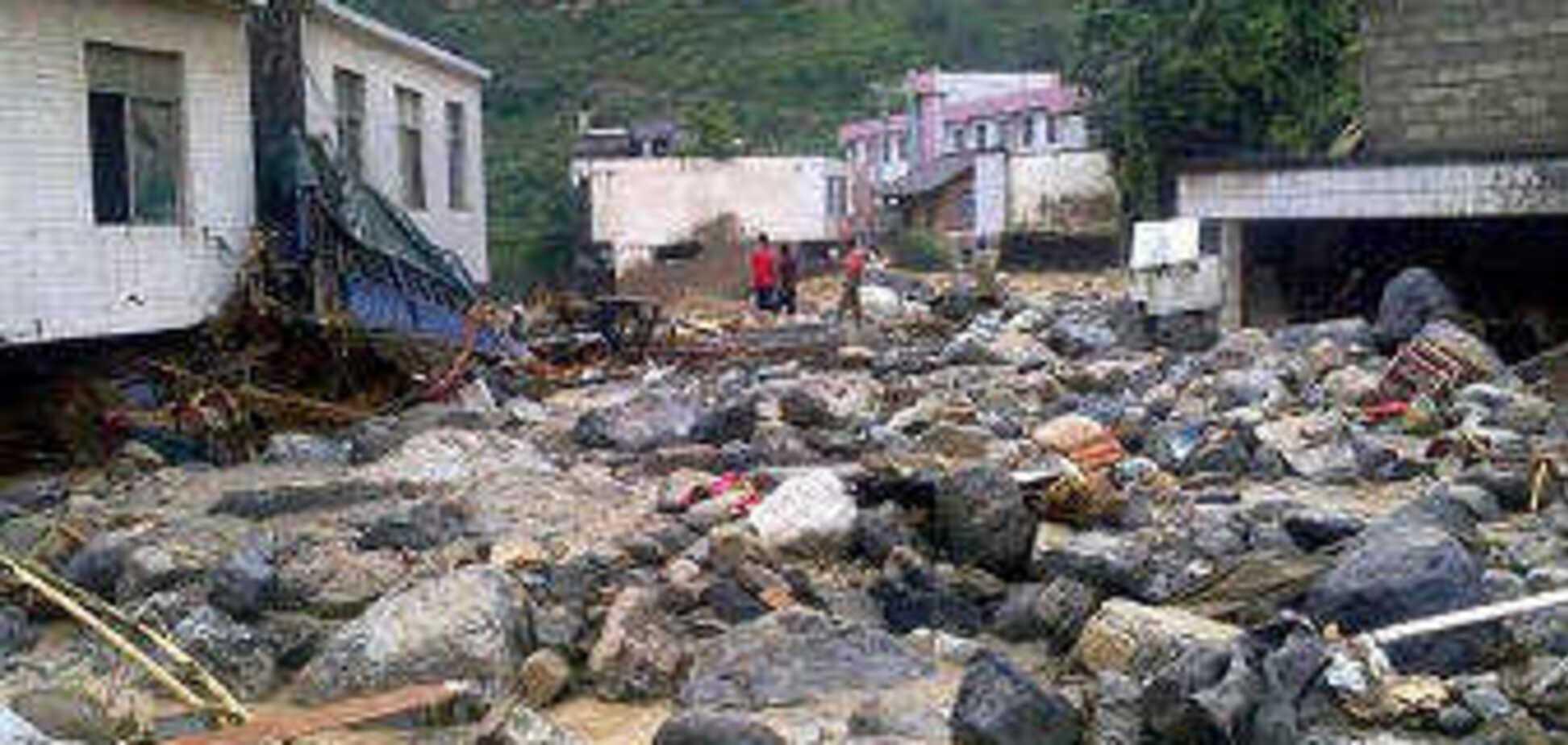 Под оползнями на северо-западе Китая погибли 65 человек