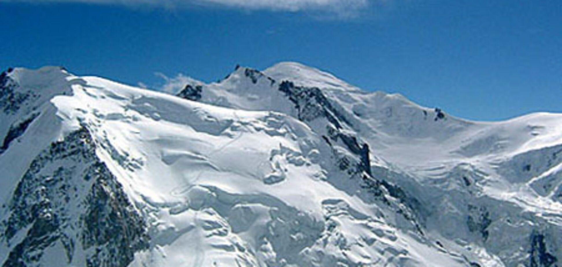 Французы никак не могут спасти украинских альпинистов