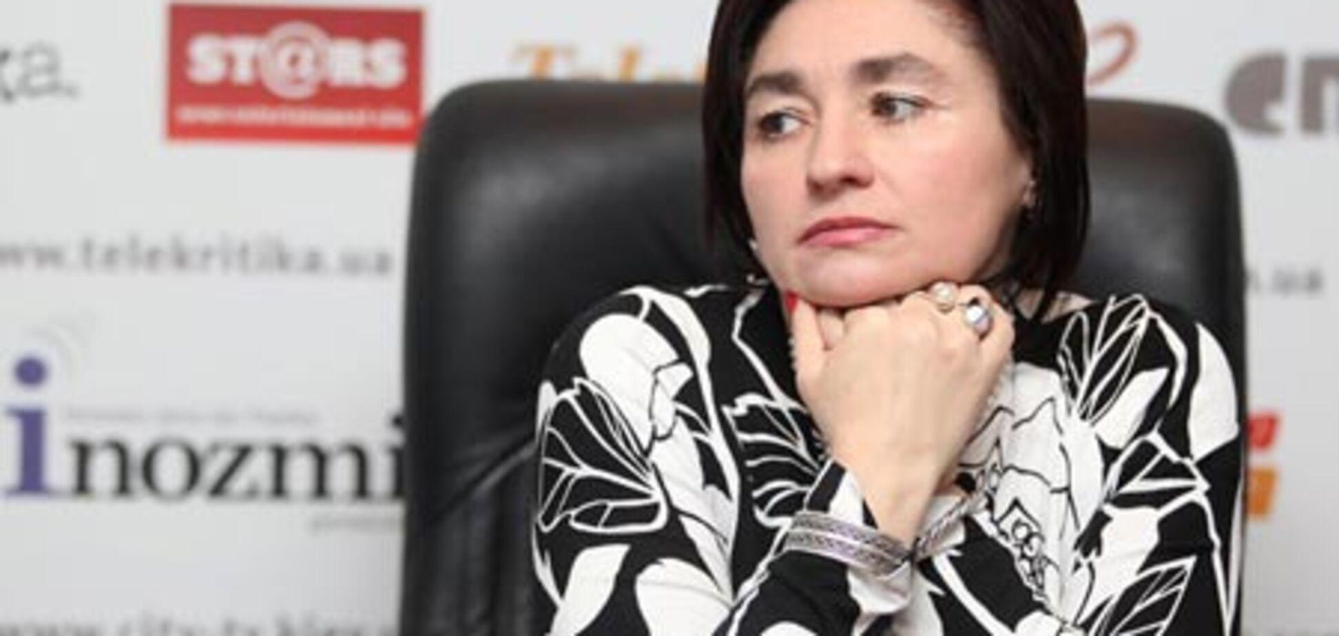 Відома письменниця заявляє про політичне переслідування
