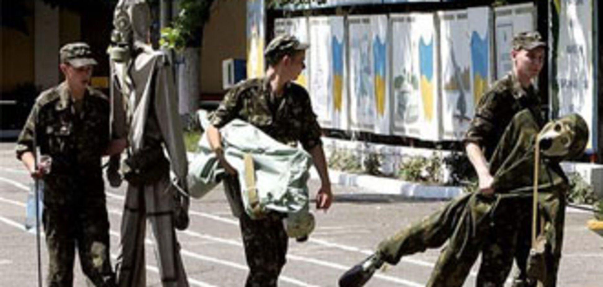 Гриценко: українська армія на межі катастрофи