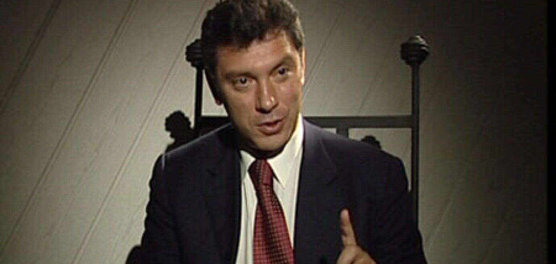 Нємцова випустили з-під варти