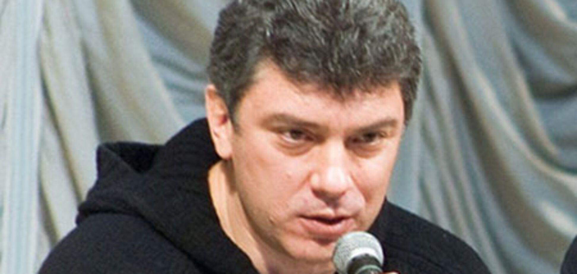 Нємцов сгагітіровал в опозицію співкамерників