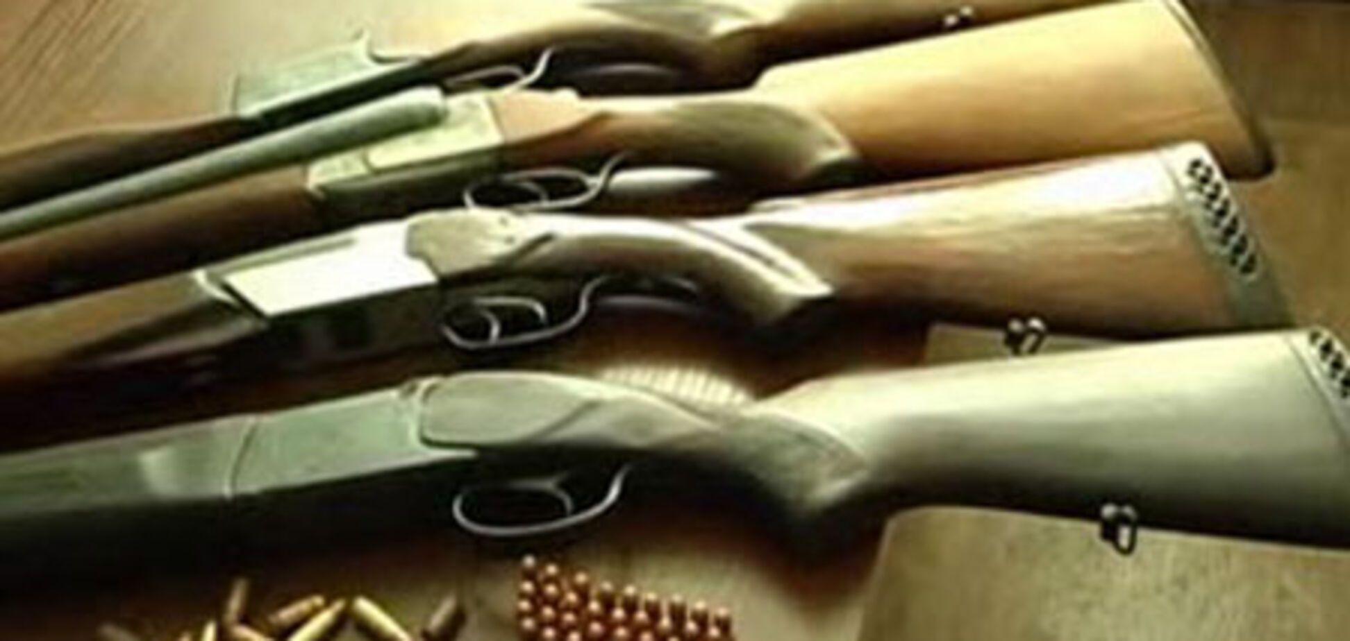 На Прикарпатті Януковича чекали з гвинтівками і гранатами