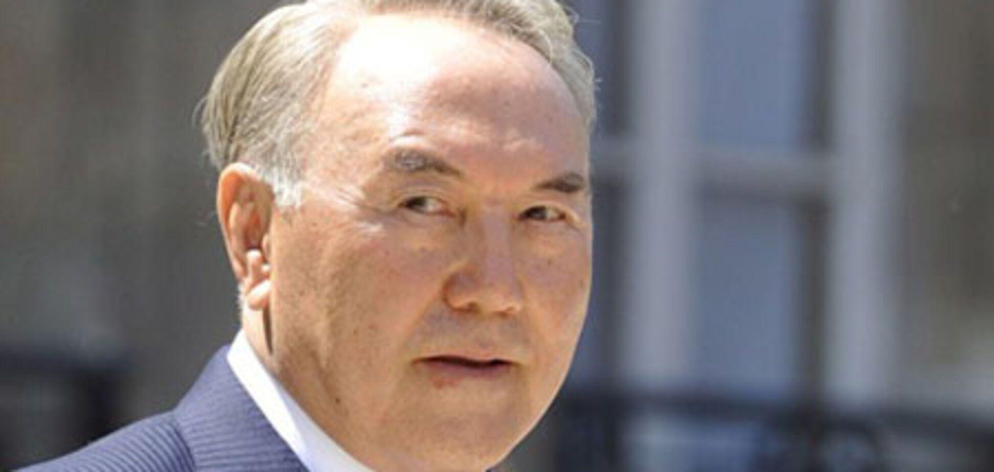 Назарбаєву не потрібен референдум про продовження повноважень?