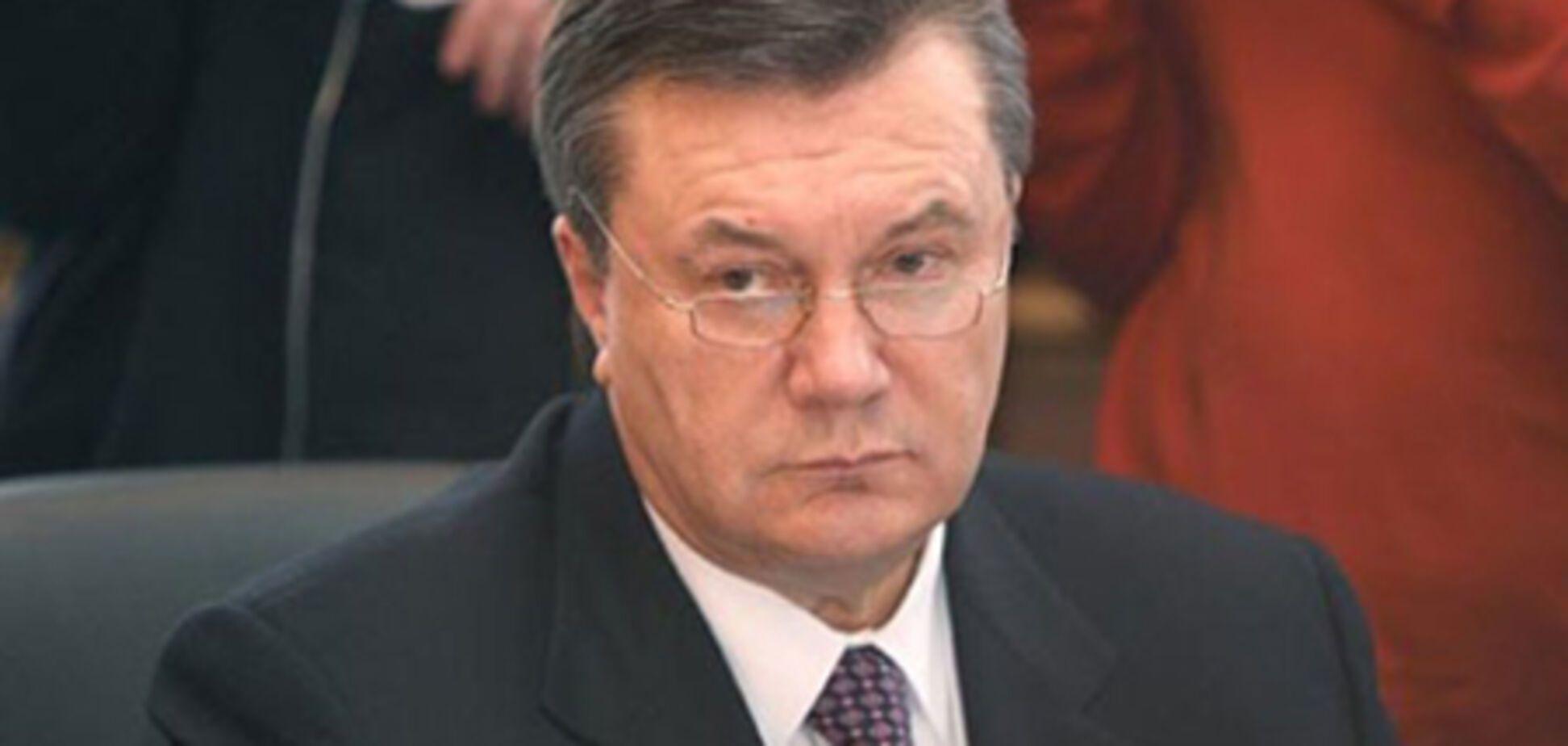БЮТ вимагає від Януковича терміново завести прес-секретаря