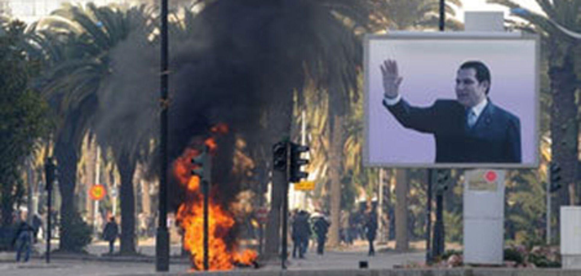 Сбежавший президент Тунісу вивіз 1,5 тонни золота
