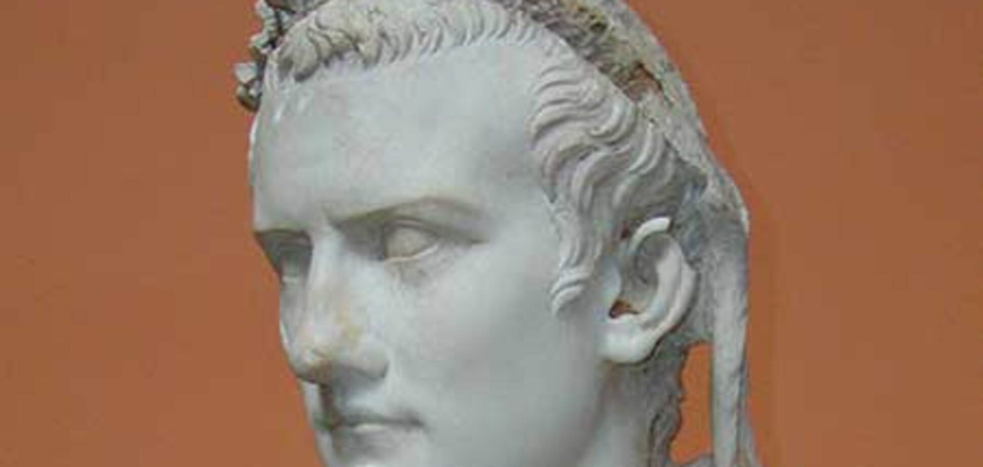 Благодаря 'черному археологу', найдена гробница Калигулы