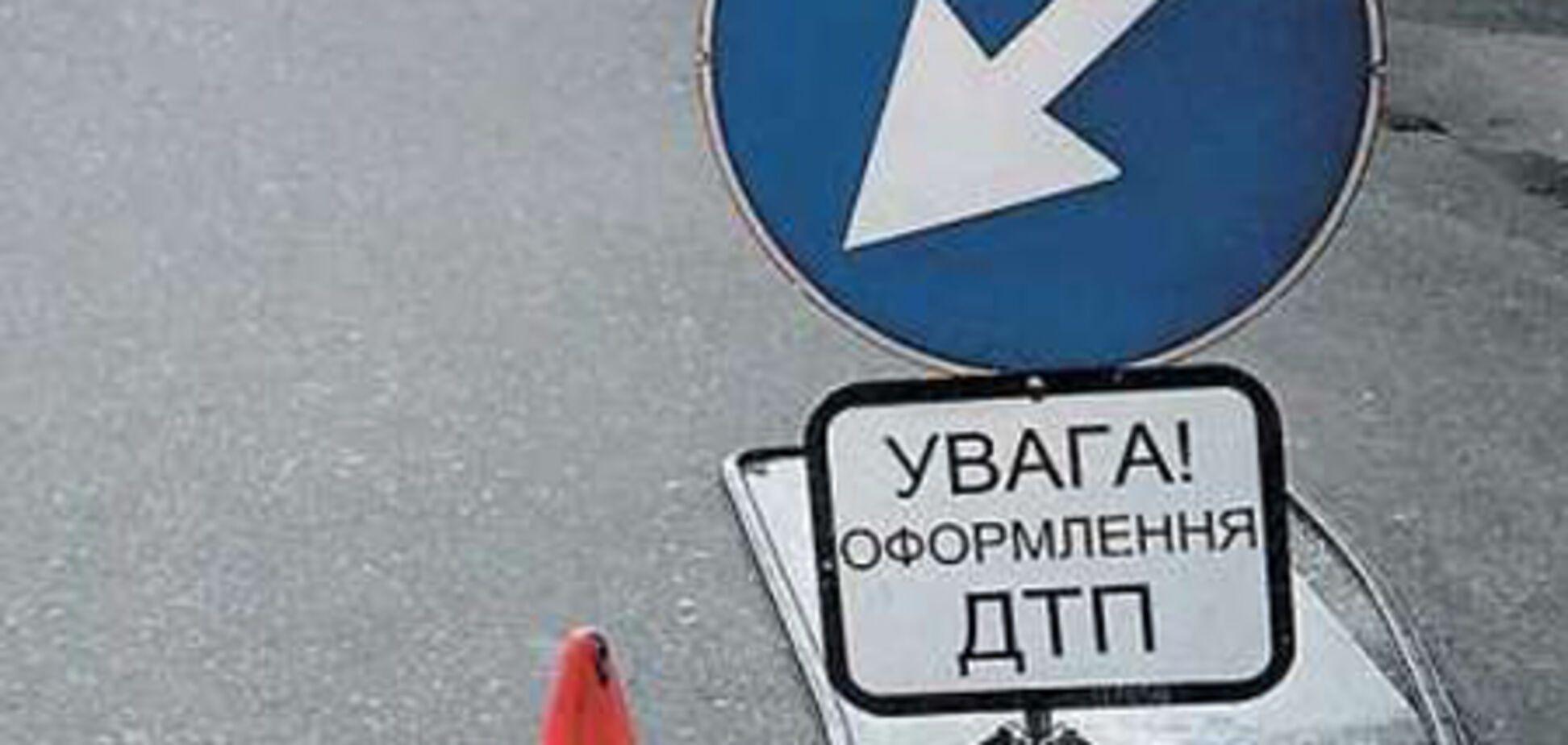 Крупная авария в центре Киева: несколько авто и маршрутка