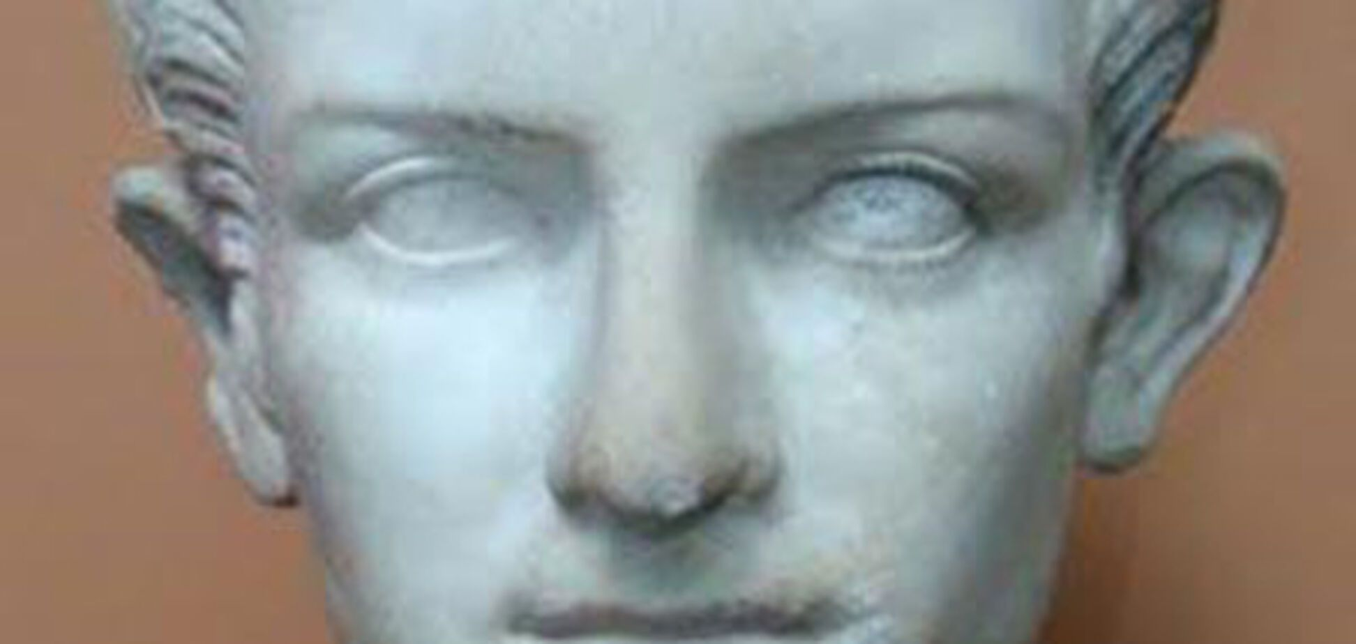 Чорний археолог розкопав гробницю Калігули