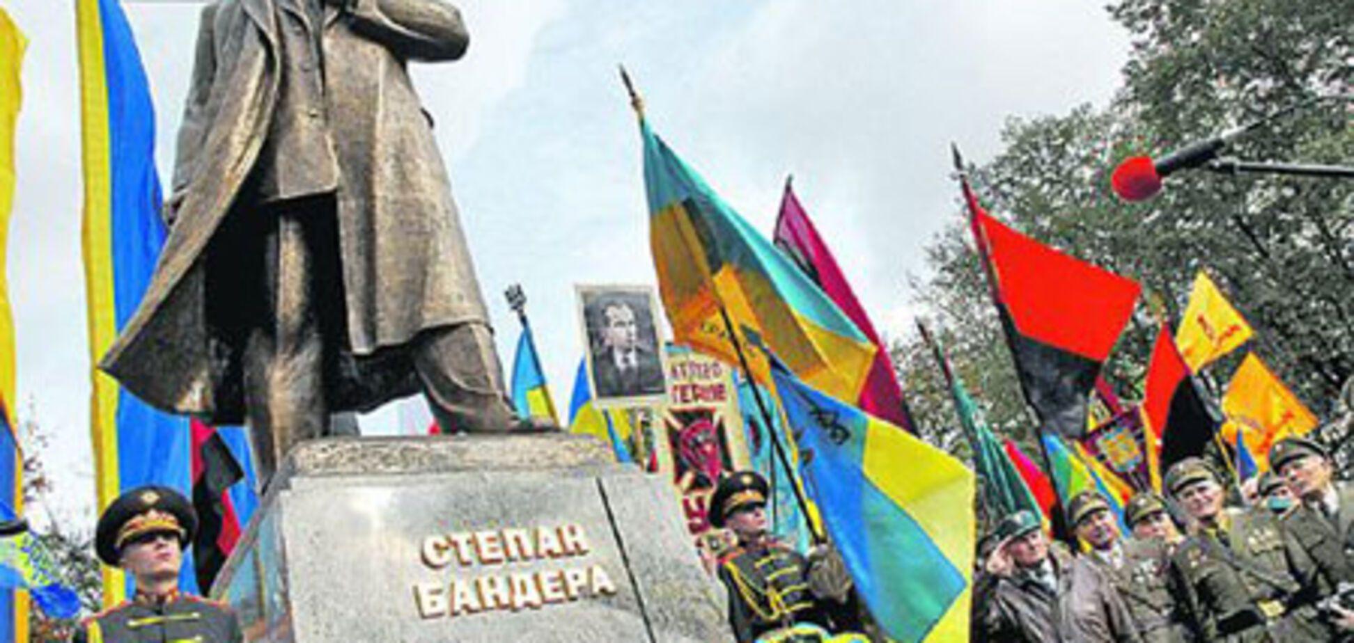 Українська діаспора обурена 'дегероїзацію' Бандери